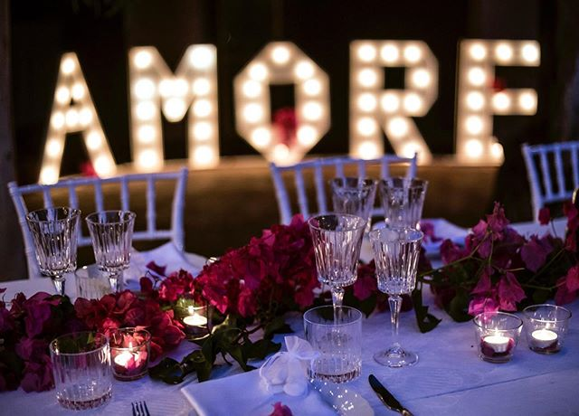 AMORE 💕 #elopmentwedding #ELOPMENTLOVE #destinationwedding #ceremonywithaview #happiness #loveisintheair #amore #love #capovaticano #calabria #southernitalianwedding #sayyes 📷 @tommaso.pugliese.wedding