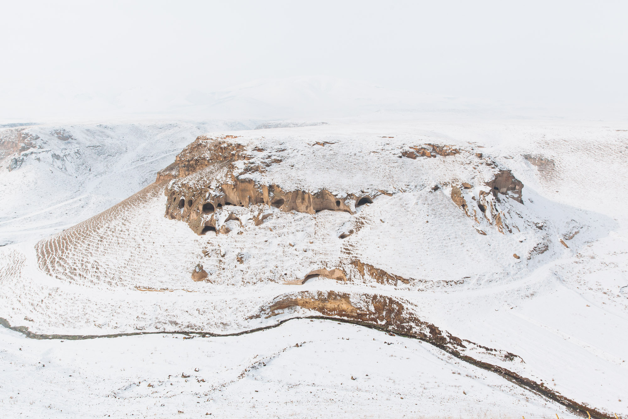 The cliffs and valleys all around the Ani plateau are riddled with hundreds of caves that served as dwellings, animal shelters and churches back in the day.