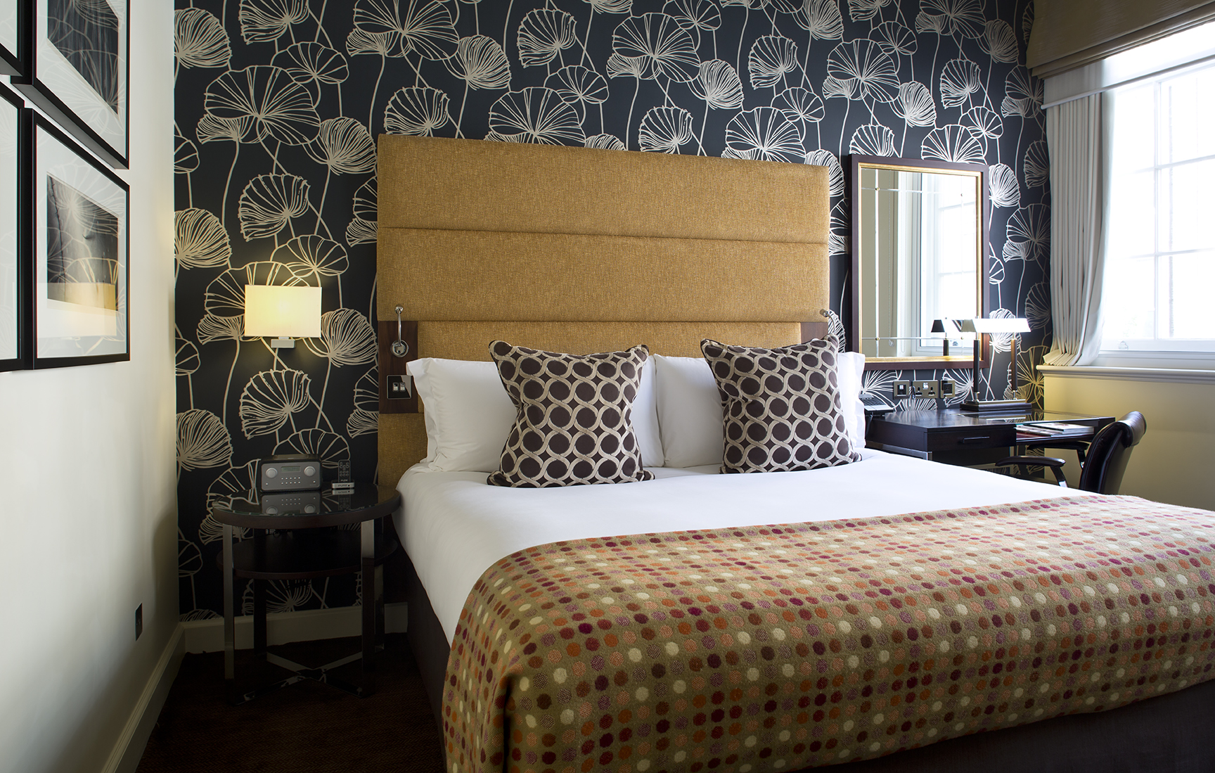 Guestroom, The Arch London.  Photography must be credited to The Arch London.jpg
