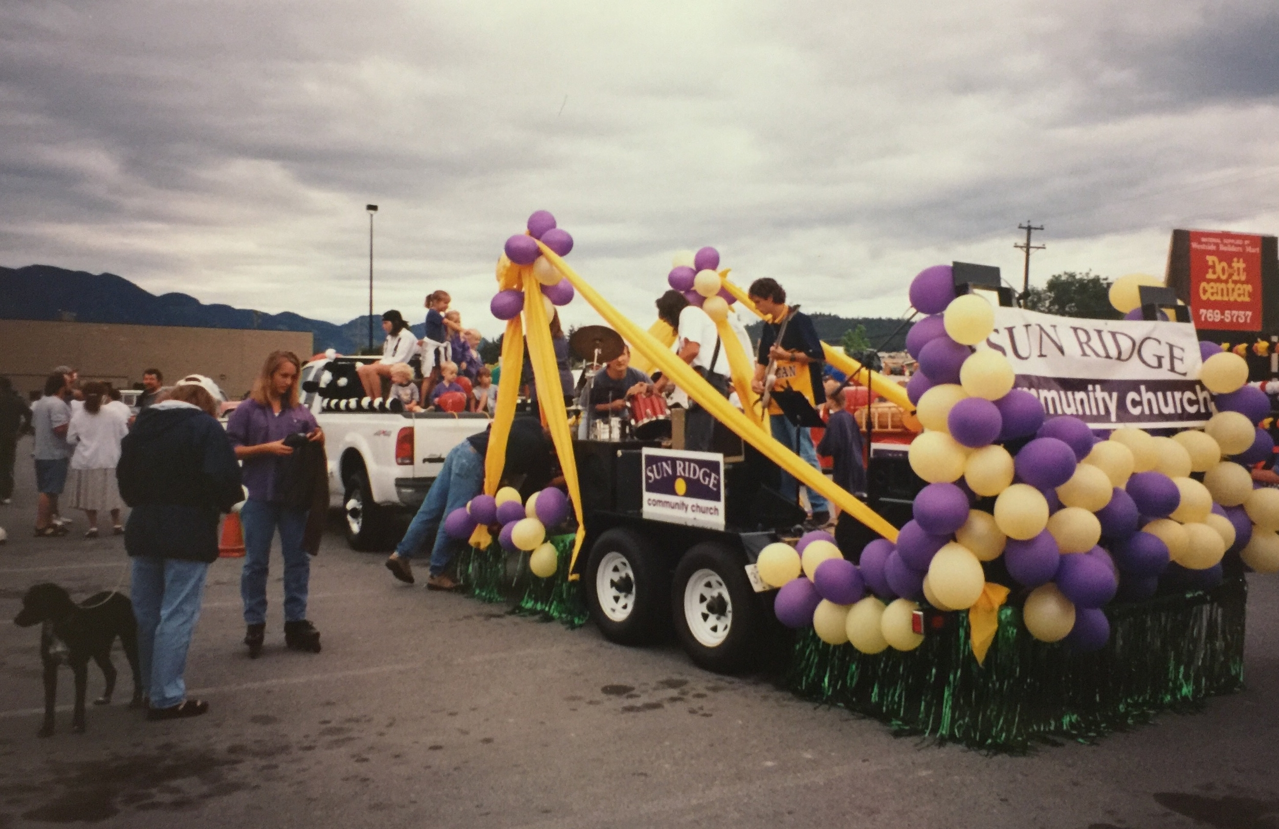 SunRidge in the Westside Days parade