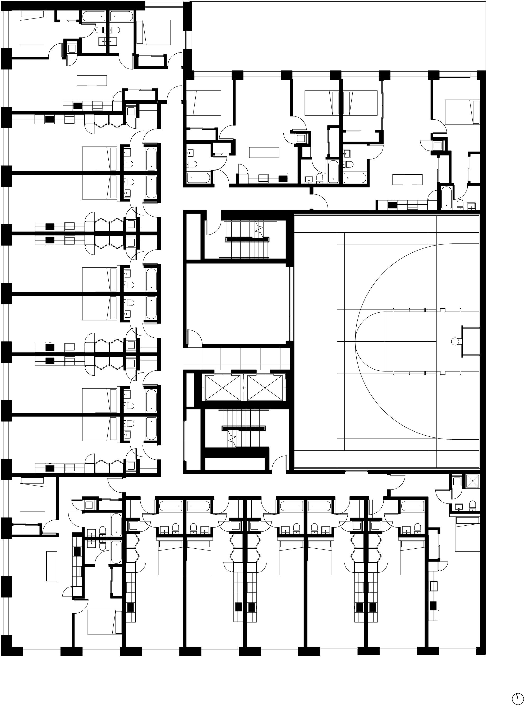Floor plan with Multi-use Amentity Court.jpg