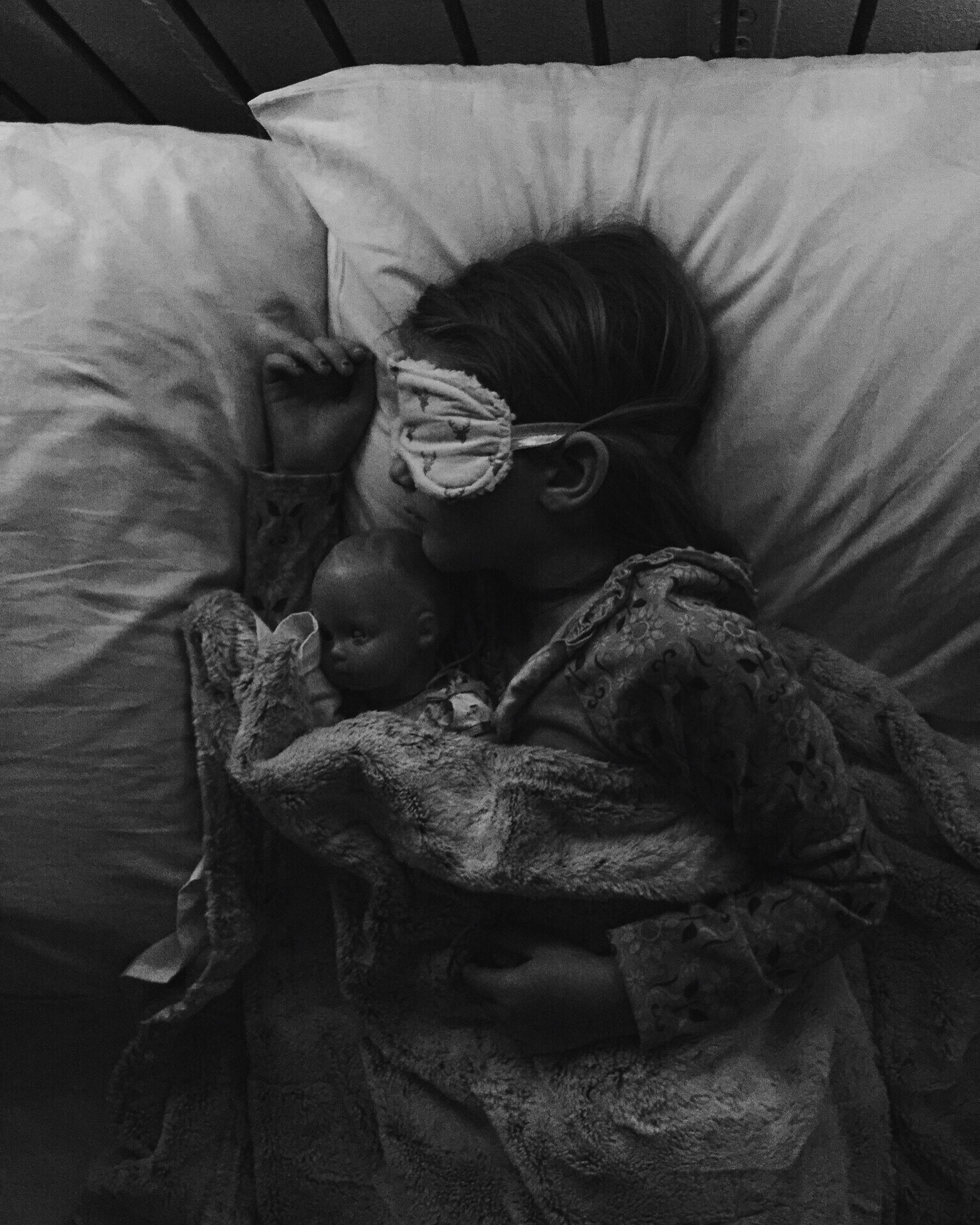 Sleeping with eye masks