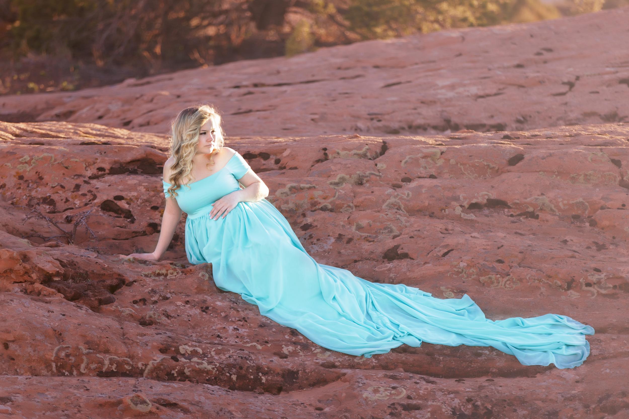 Moab Red Rock Maternity | Heber-Park City, Utah Maternity Photographer #twyladawnphotography