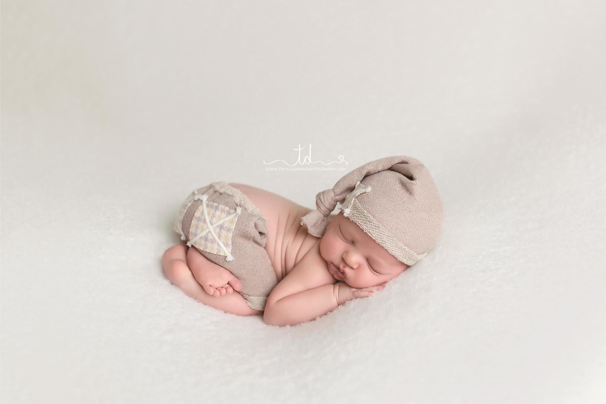 Utah Newborn Photographer | Park City Newborn Portraits | #twyladawnphotography