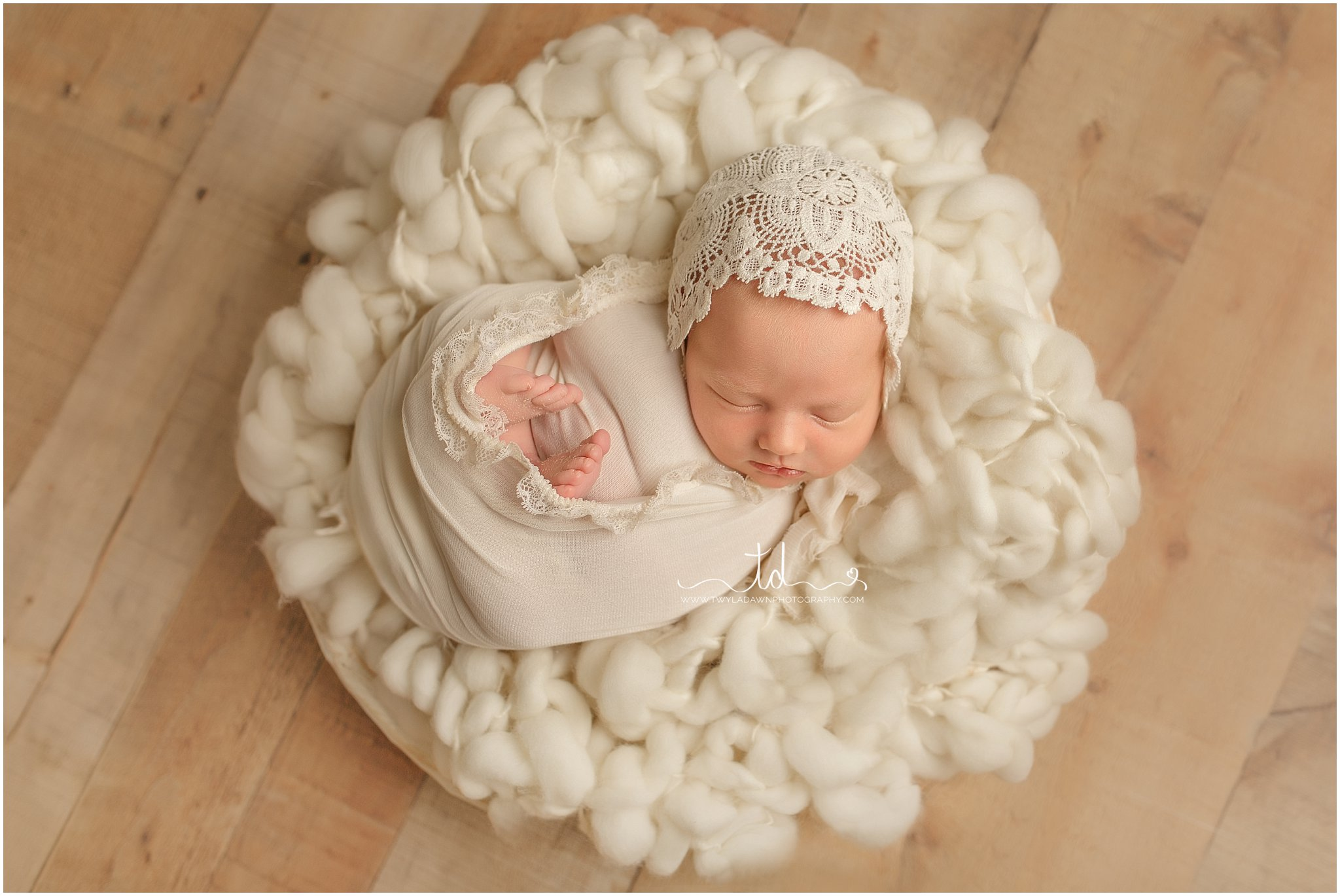 Newborn in a bowl   Utah Baby Pictures #twyladawnphotography