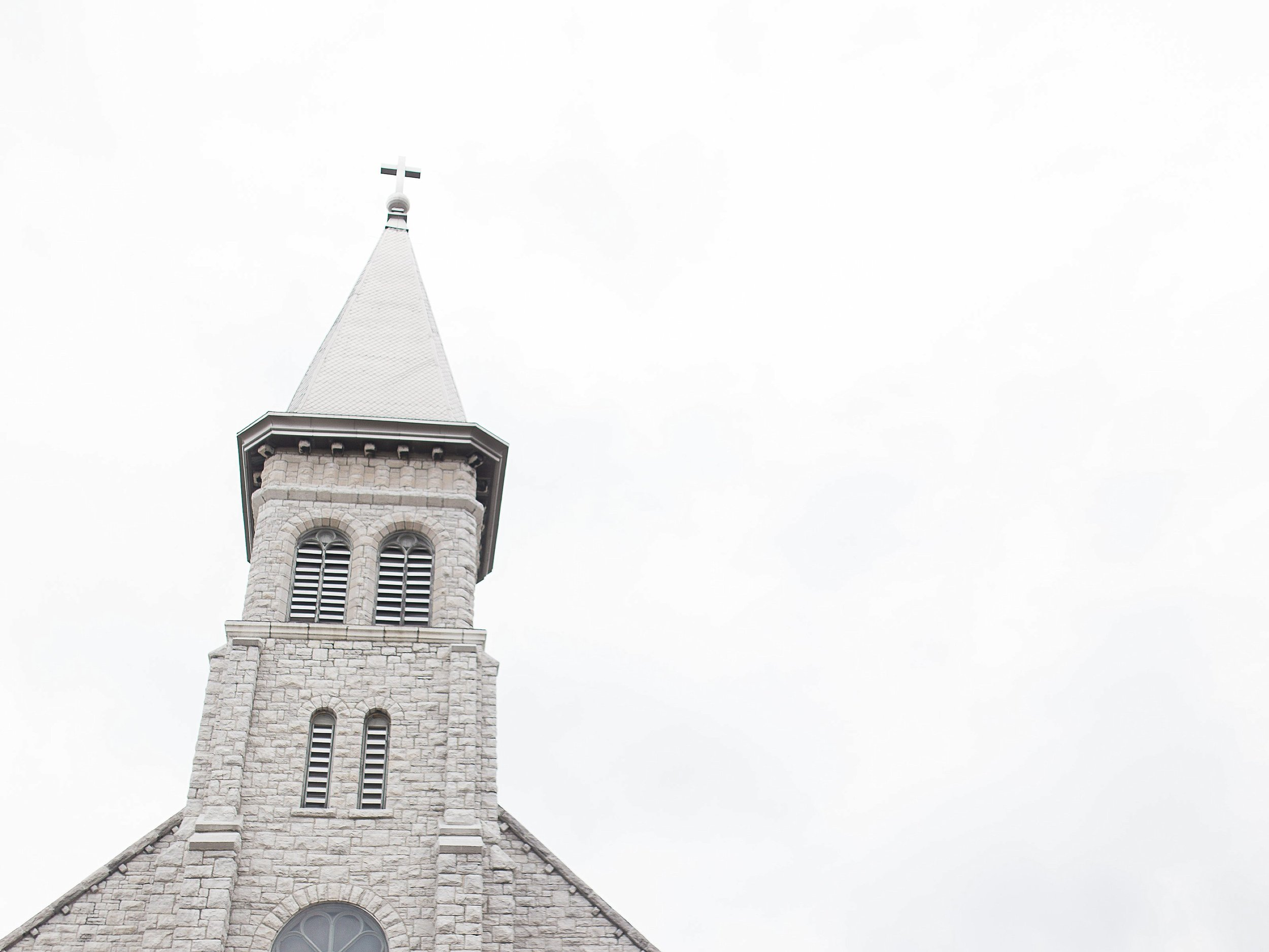 Church ceremony | photographed by Toronto Ontario Wedding Photographer Keila Marie Photography