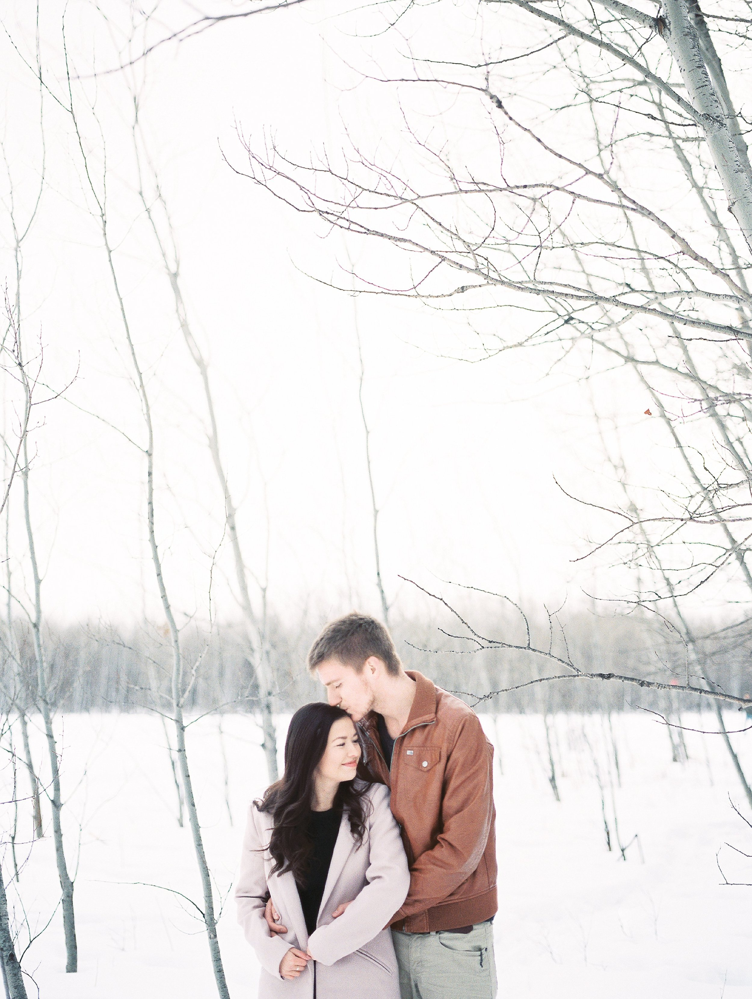 What to wear for an engagement session- Keila Marie Photography - Winnipeg Film Photographer