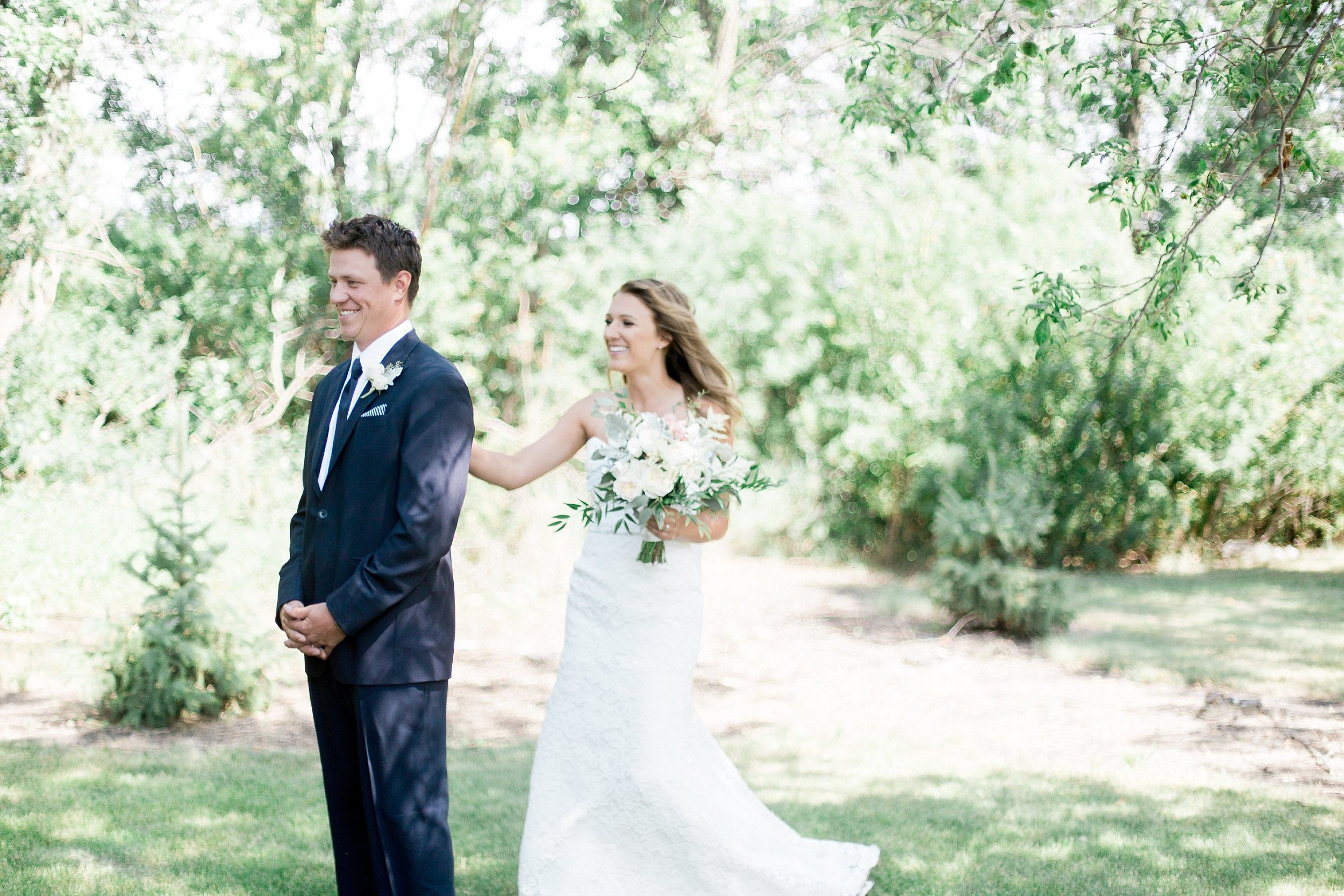 Reasons to do a first look   Winnipeg Toronto Vancouver Wedding Photographer Keila Marie Photography