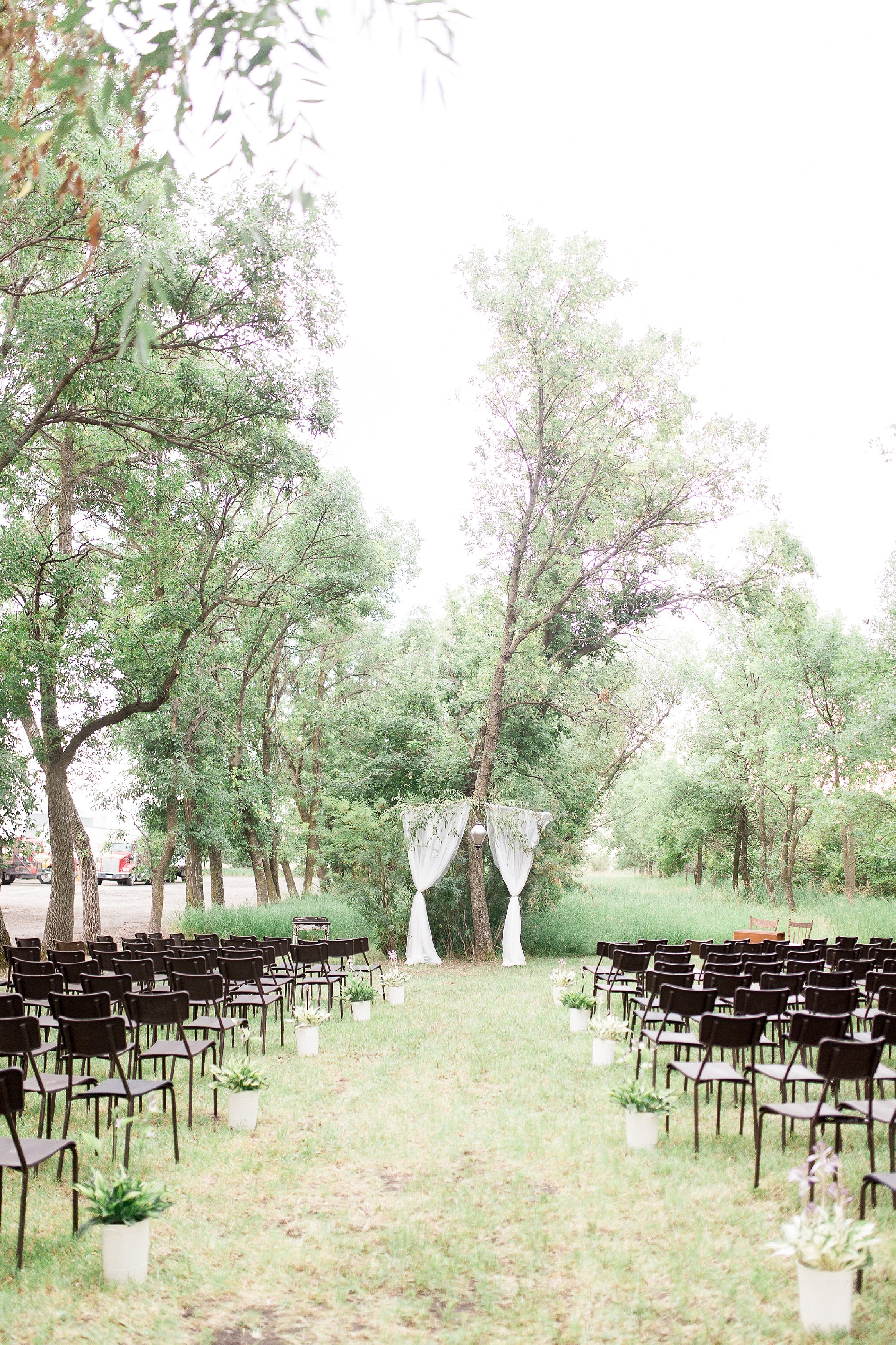 Romantic intimate backyard ceremony   Manitoba Wedding Photographer Keila Marie Photography
