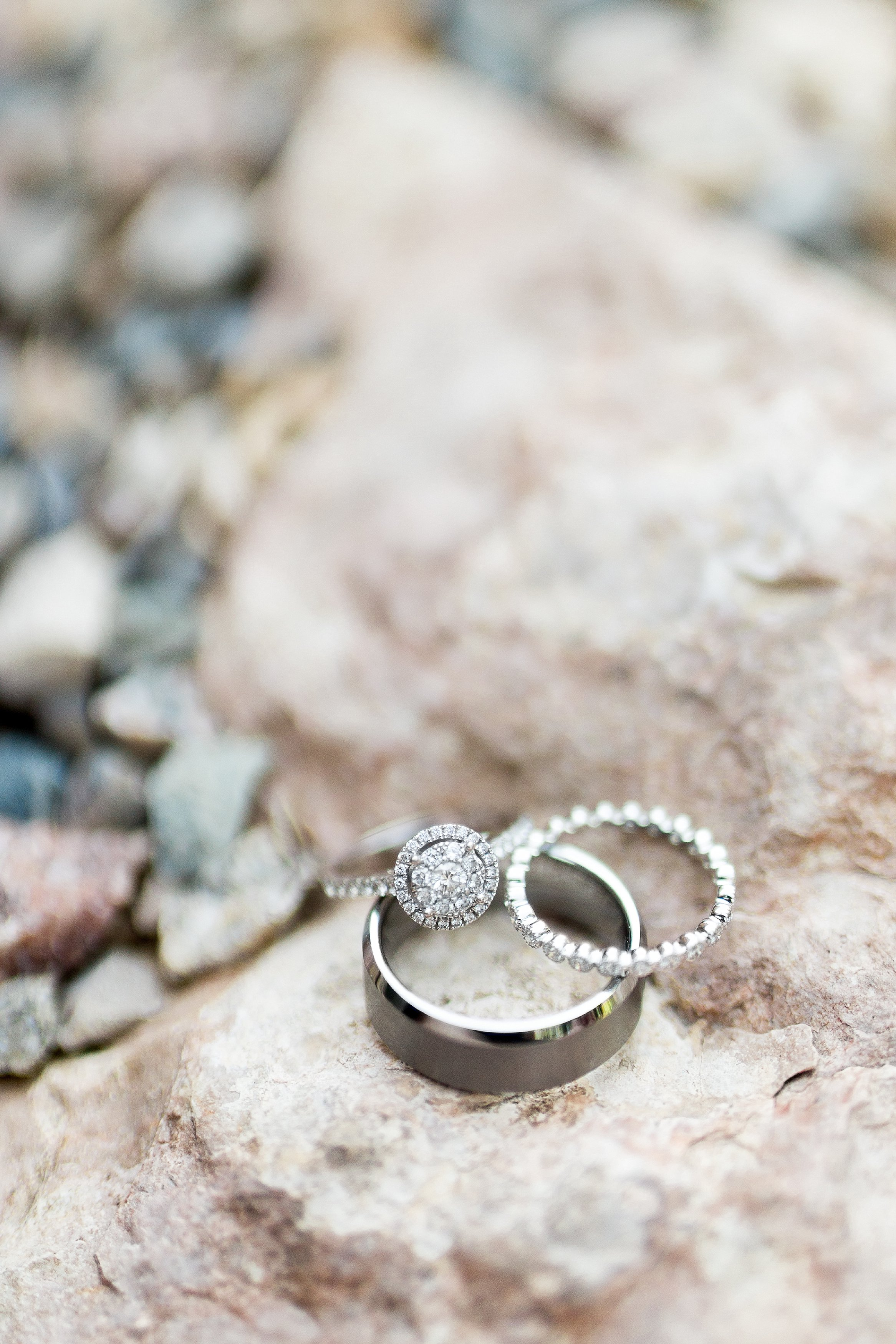 Wedding ring detail photos - Simple Wedding details - Winnipeg Wedding Photographer - Keila Marie Photography