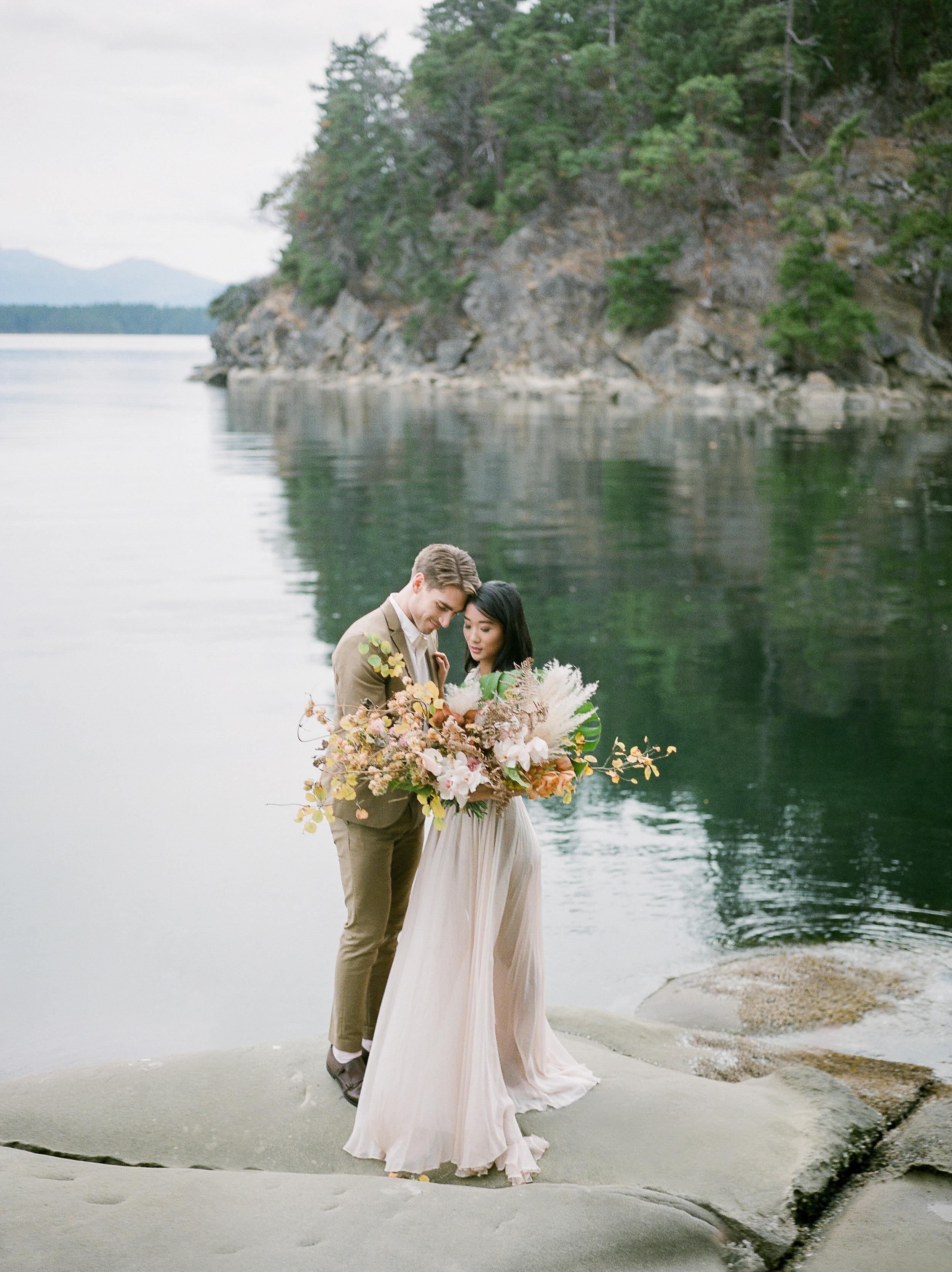 BC Wedding Photographer, Fine Art Wedding, Leanne Marshall Wedding Dress, West Coast Wedding, PNW Wedding, Light & Airy Wedding Photographer