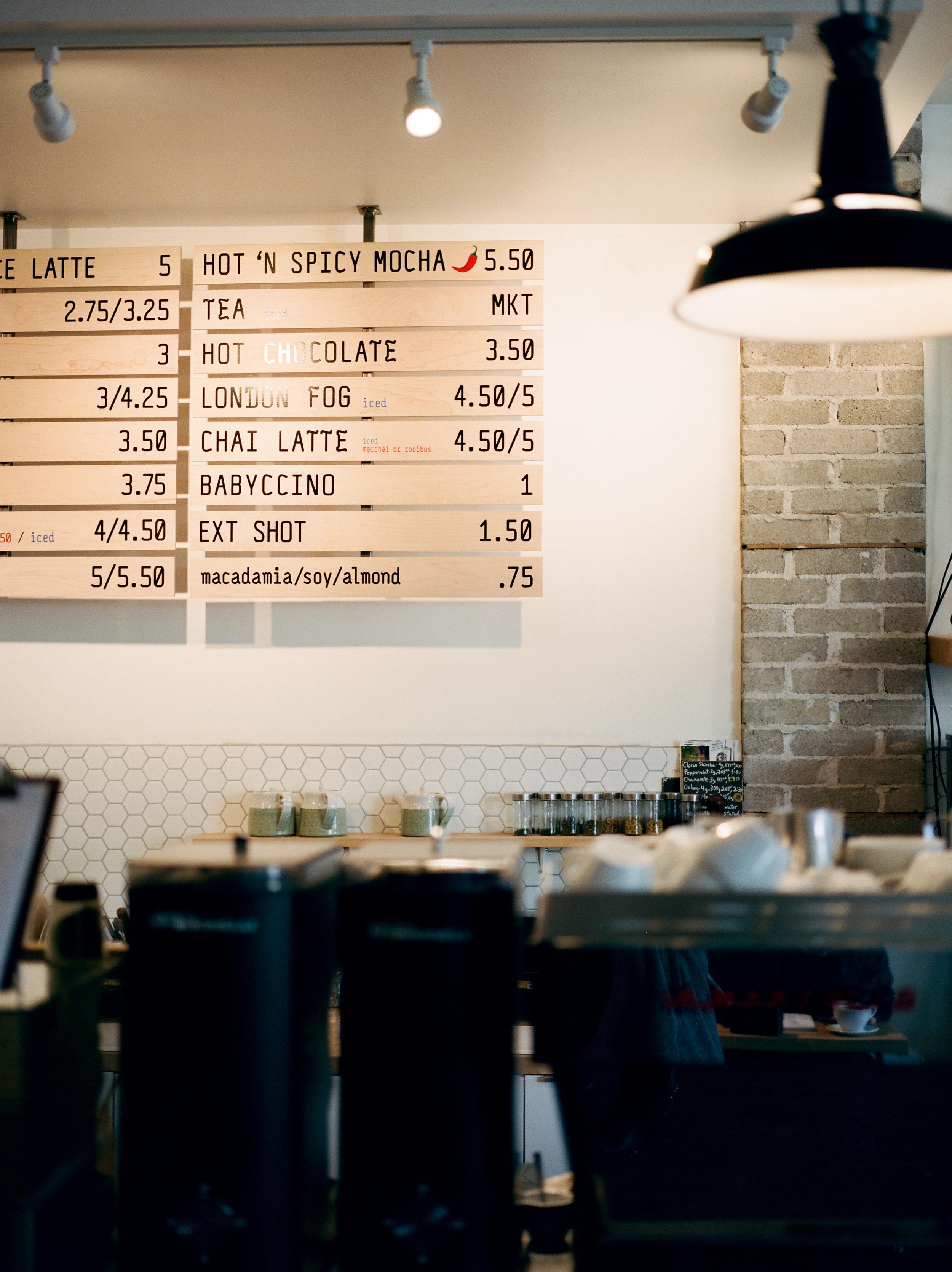 Thom-Bargen-Coffee-Shop-Winnipeg-KeilaMariePhoto