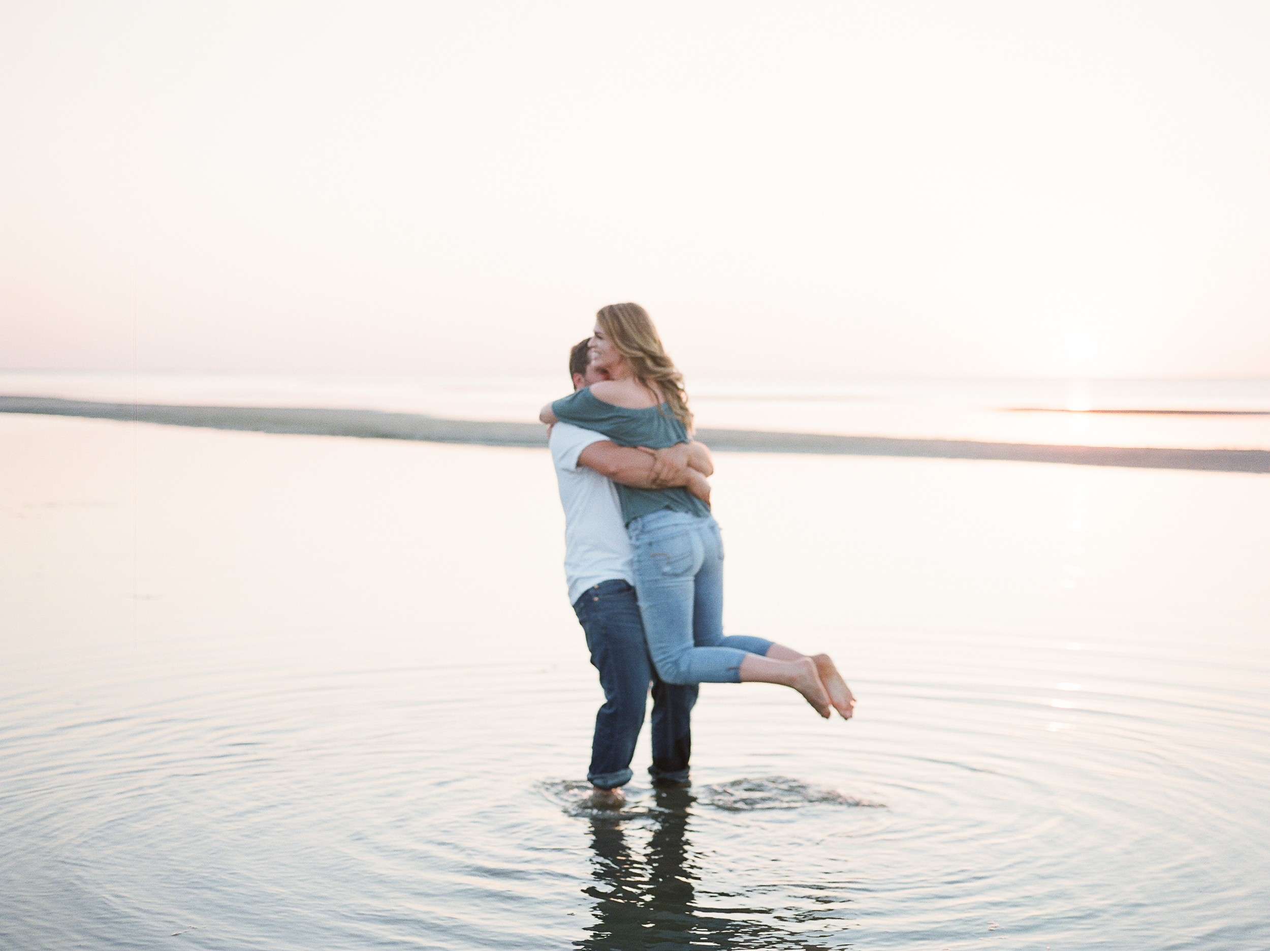 Grand-Beach-Winnipeg-Manitoba-Engagement-Session-Wedding-Sunset