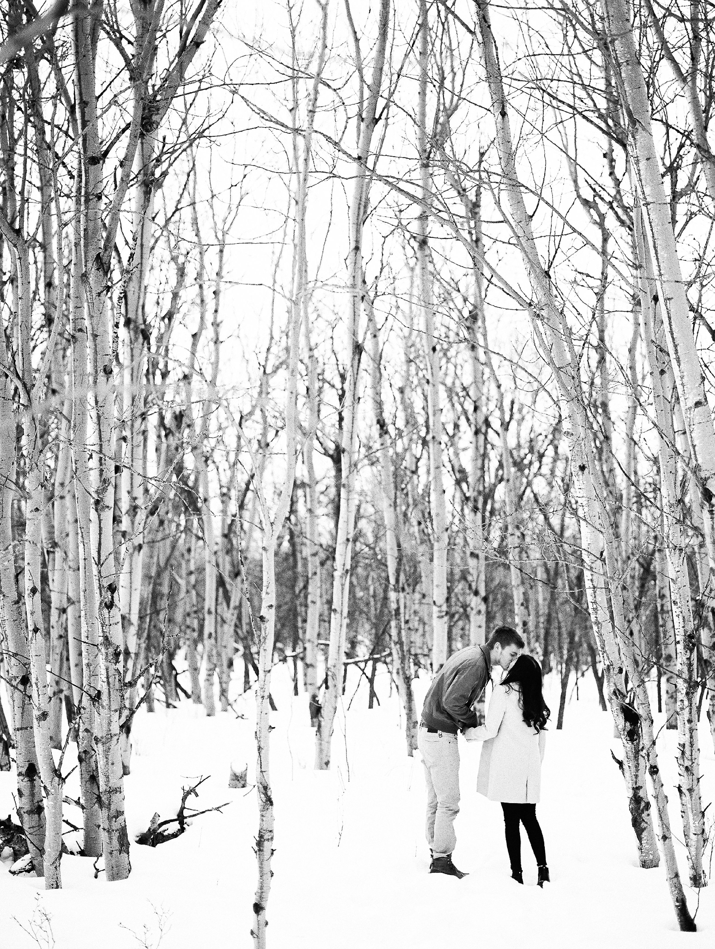 Best-Places-For-An-Engagement-Session-Photoshoot-Winnipeg-Manitoba-Keila-Marie-Photography