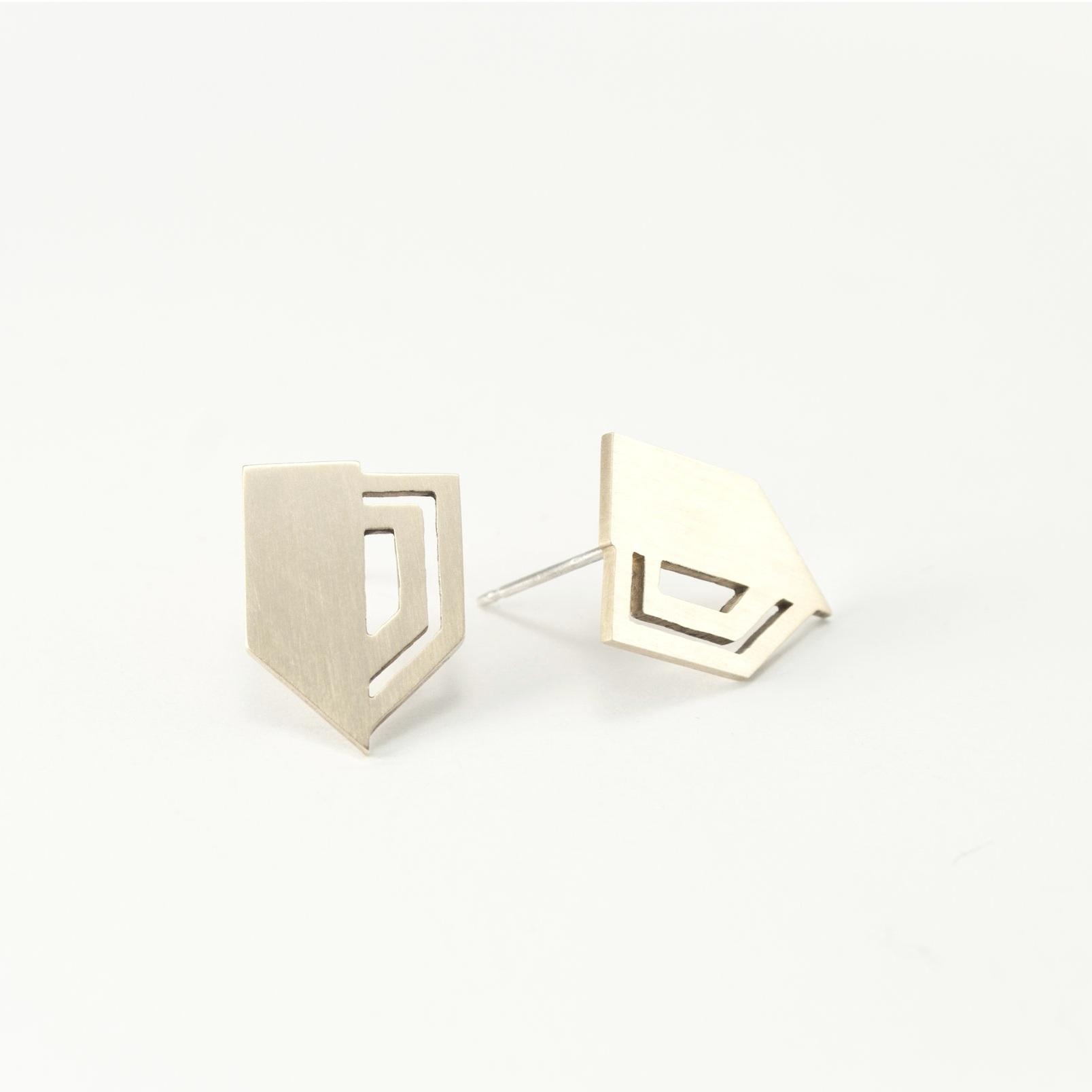 lindsey+snell+badge+earrings