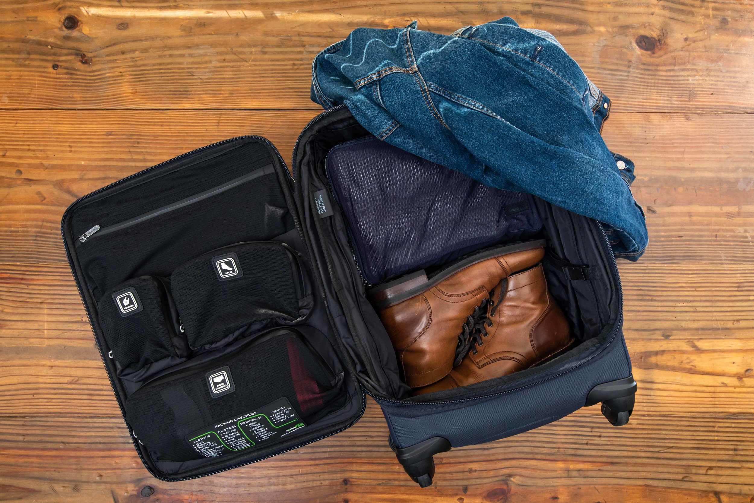 The G3 makes organizing your stuff easy.