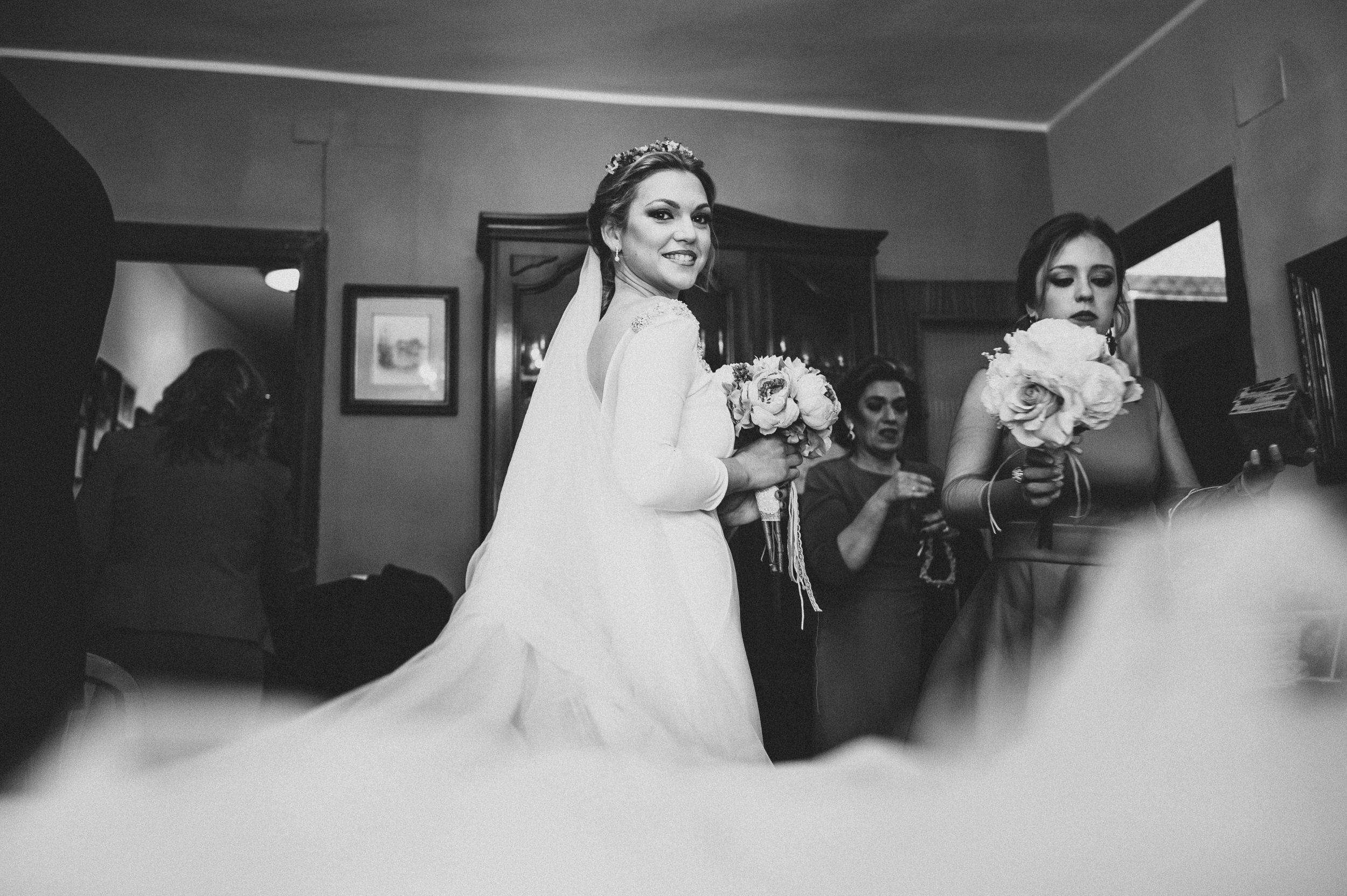 Cristina & Jero - Boda en Ecija - Iglesia Santa Ana - Fotógrafo Andrés Amarillo (15).JPG