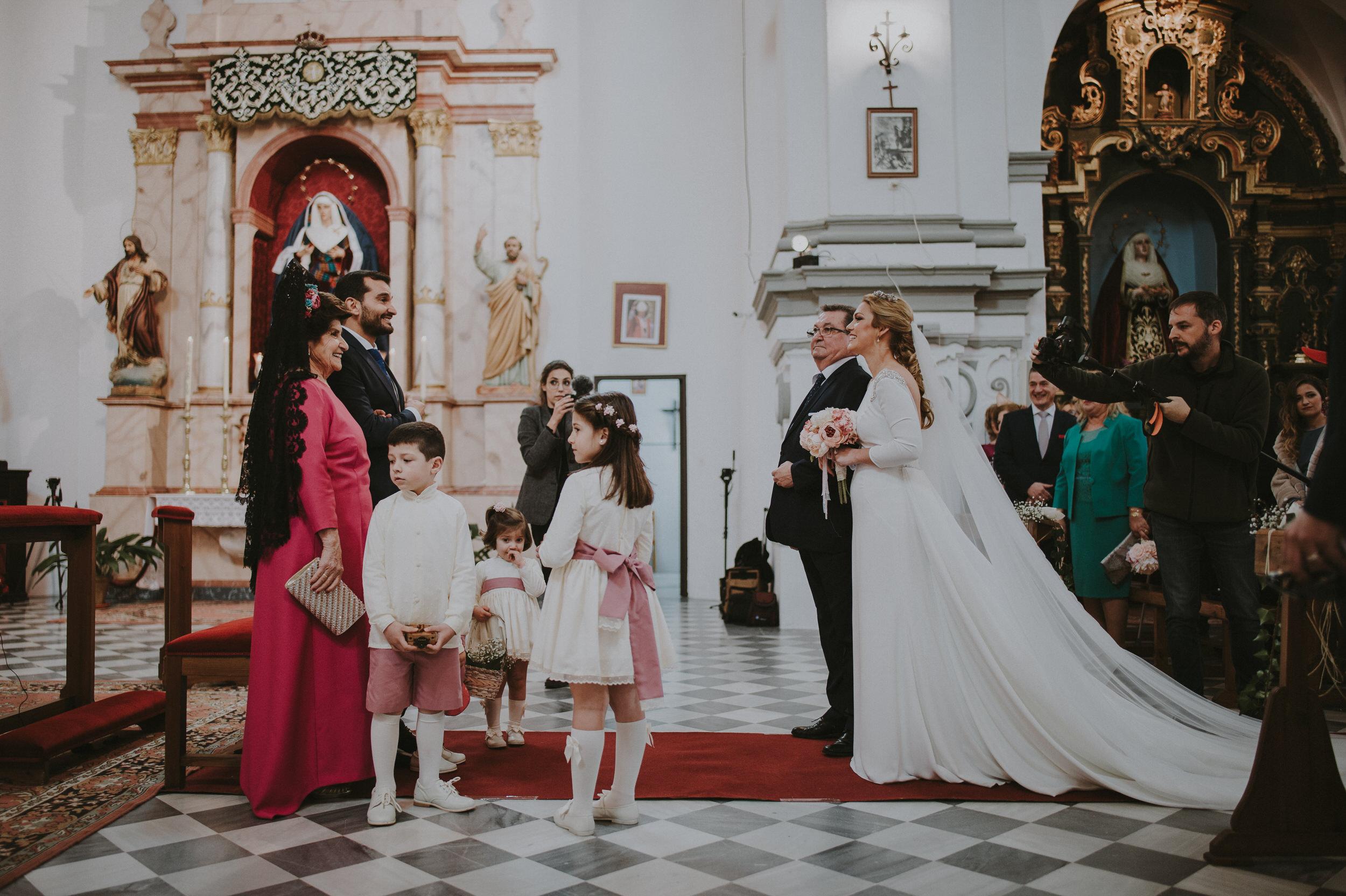 Cristina & Jero - Boda en Ecija - Iglesia Santa Ana - Fotógrafo Andrés Amarillo (25).JPG
