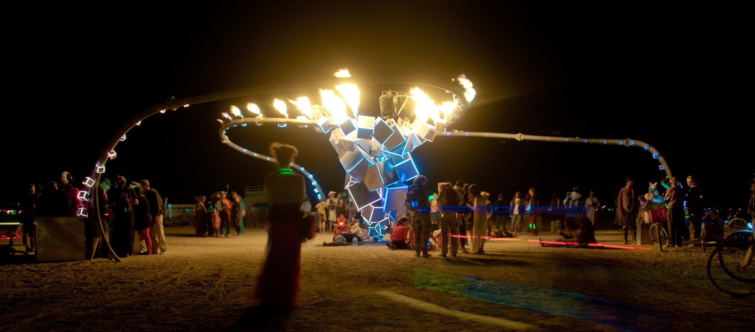 Syzygryd, Burning Man 2010. Photo copyright Michael Broxton,https://www.flickr.com/photos/broxtronix/4981908410.