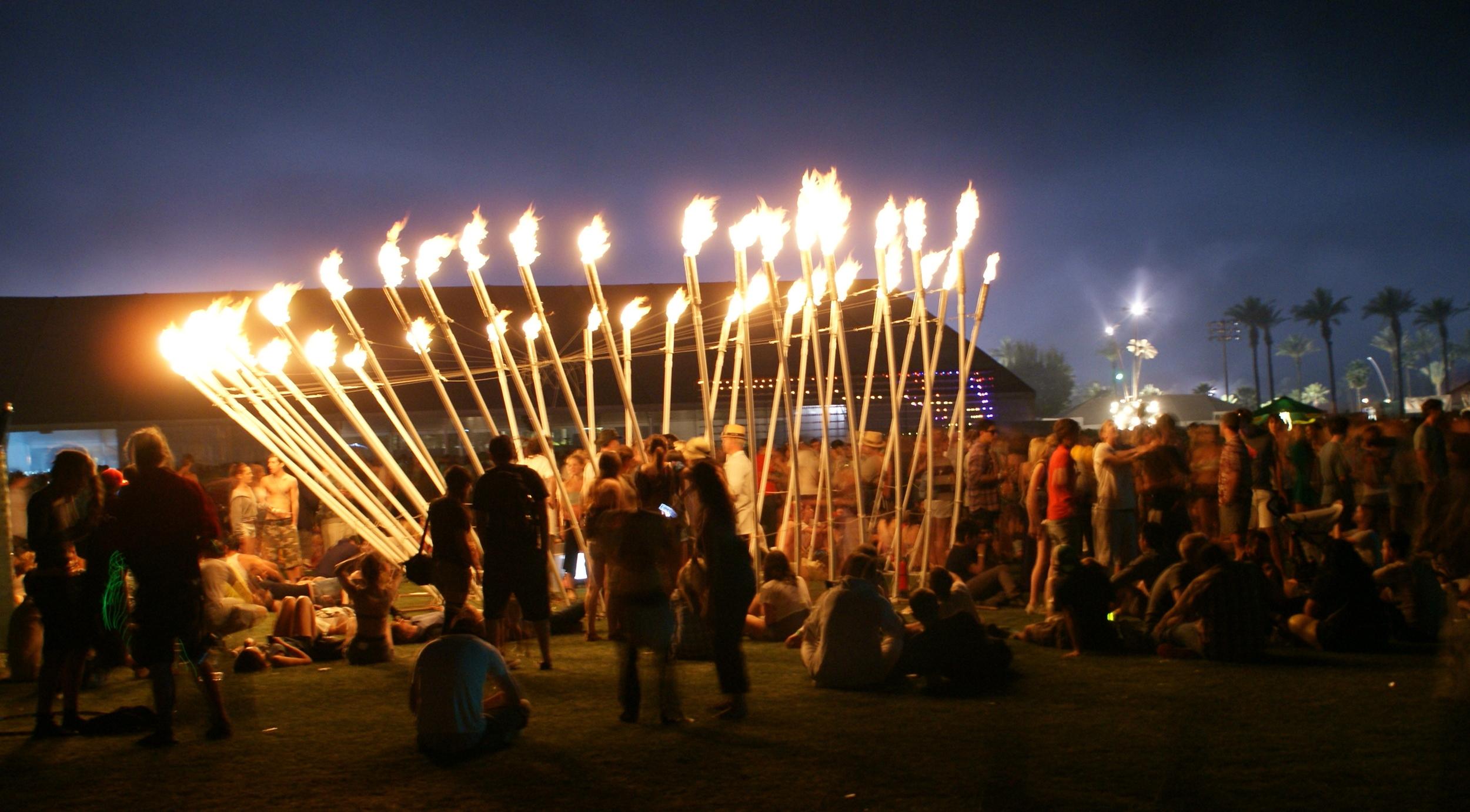 Pyrocardium, Coachella 2009. Photo copyright  Rasmin ,  https://www.flickr.com/photos/rasmin/3471190025 .