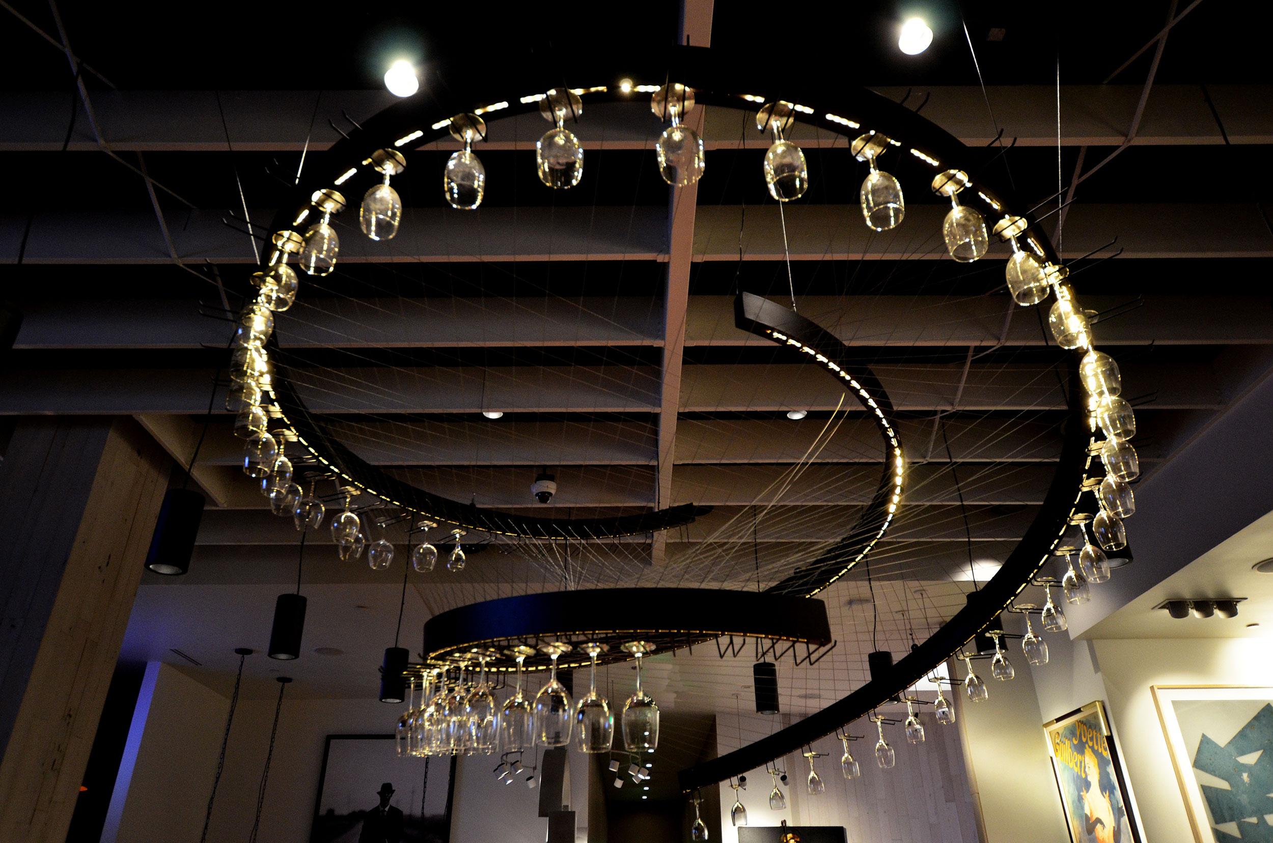 15112-hals-bar_grill_chandelier-03.jpg