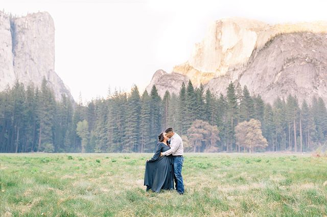 Swooning over this engagement session in Yosemite!😍 I'll share some before/afters in my story soon so stay tuned!