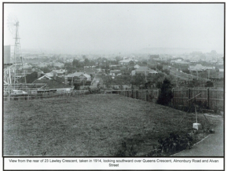 1111 - Panorama from 23 Lawley Crescent