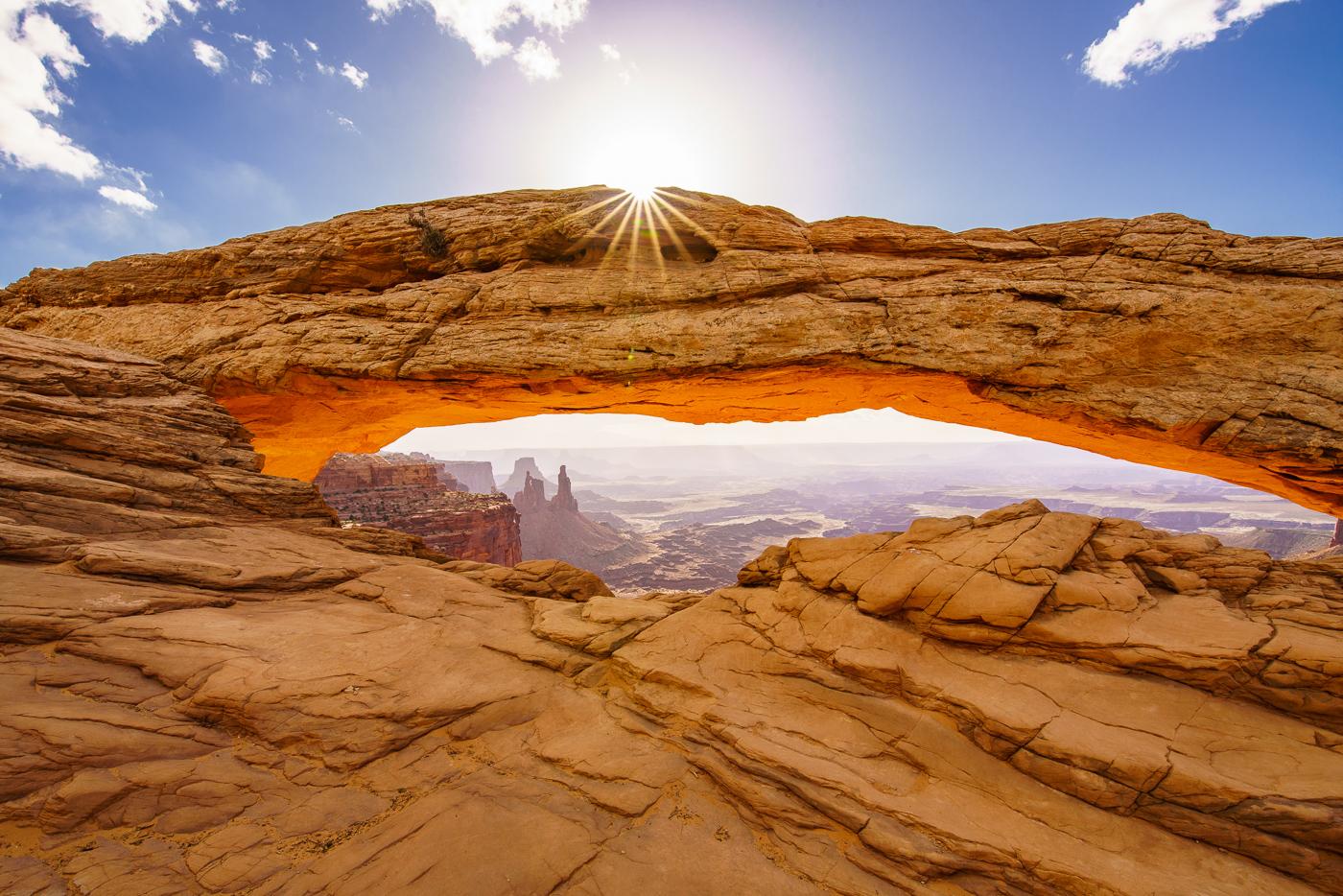 Mesa Arch © Paul Nguyen