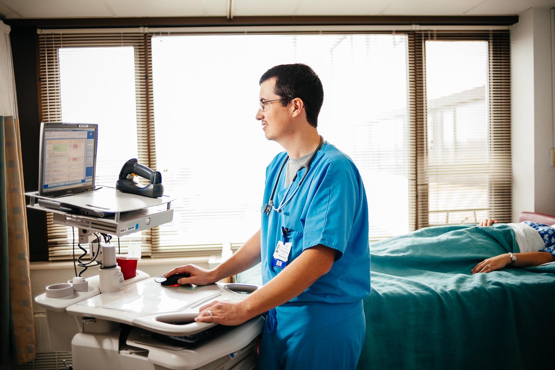 MedicationCart-7233.jpg