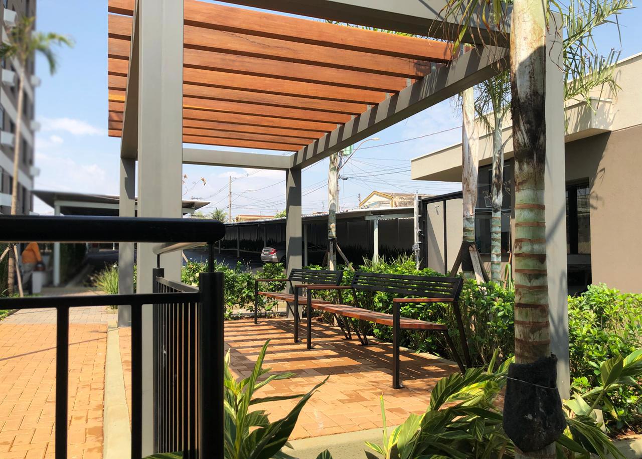 Bancos Dino em empreendimento residencial Alameda - Ribeirão Preto/SP