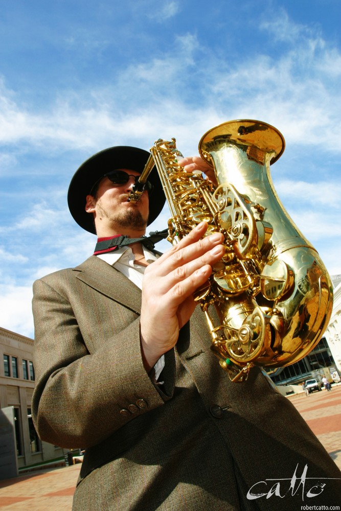 Chris Peirce performs in Civic Square at the launch of the Wellington International Jazz Festival, 2002.