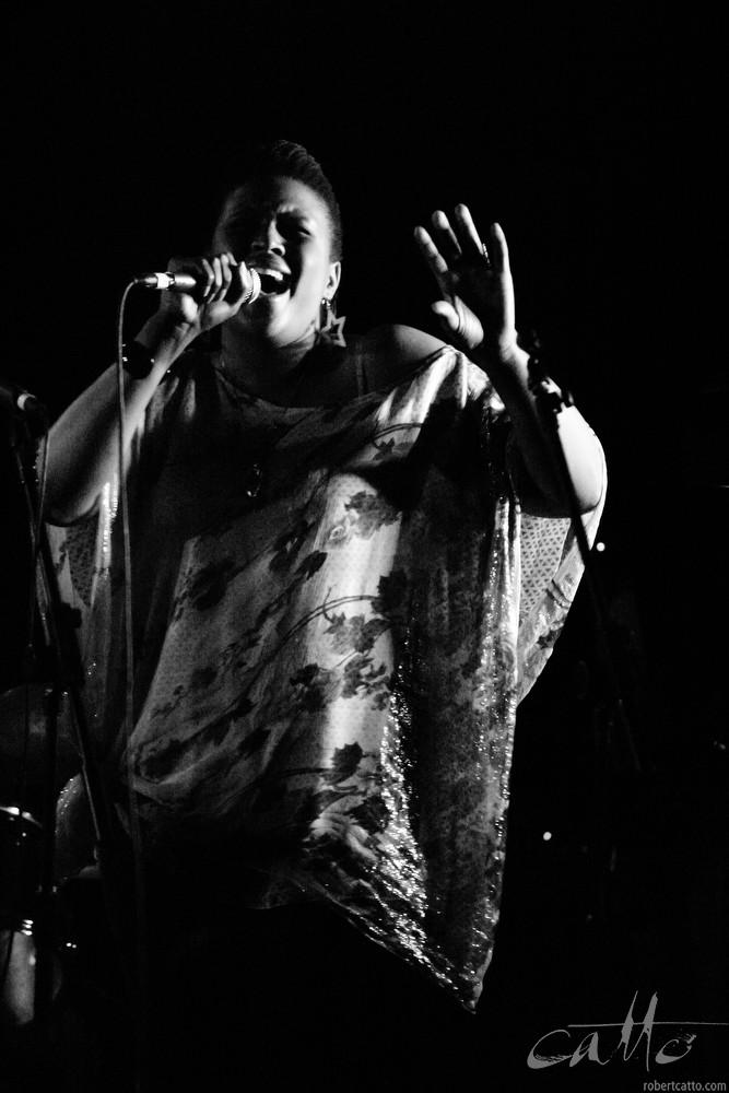 Deva Mahal performs at theWellington International Jazz Festival, 2003