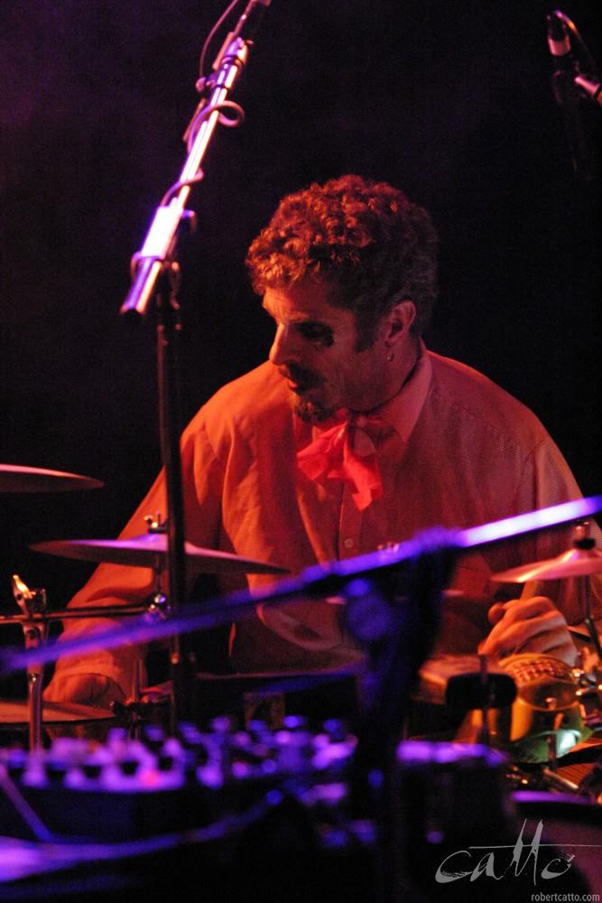 Anthony Donaldson withThe Village Idiots, at theWellington International Jazz Festival 2003.
