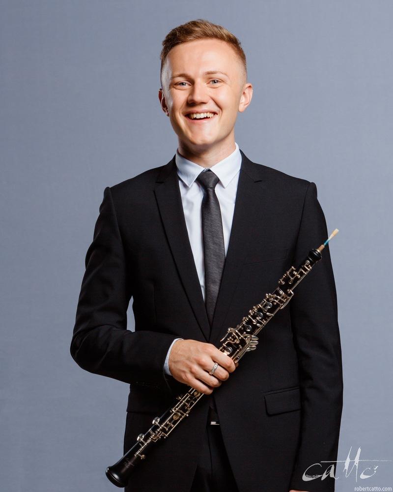 Joshua Oates, Oboe