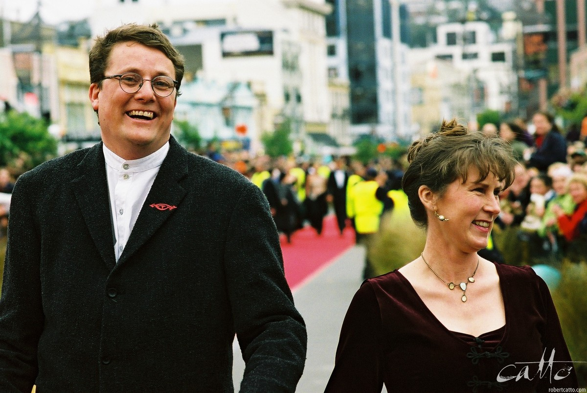 Richard Taylor & Tania Rodger at the Lord Of The Rings: Fellowship Of The Ring Premiere at the Embassy Theatre, Wellington, New Zealand.