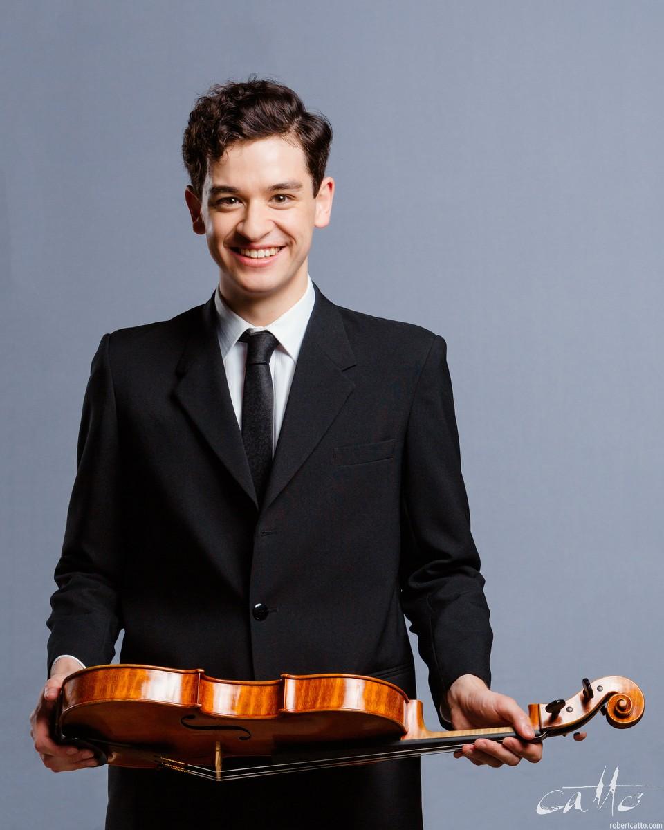 Nathan Greentree, Viola