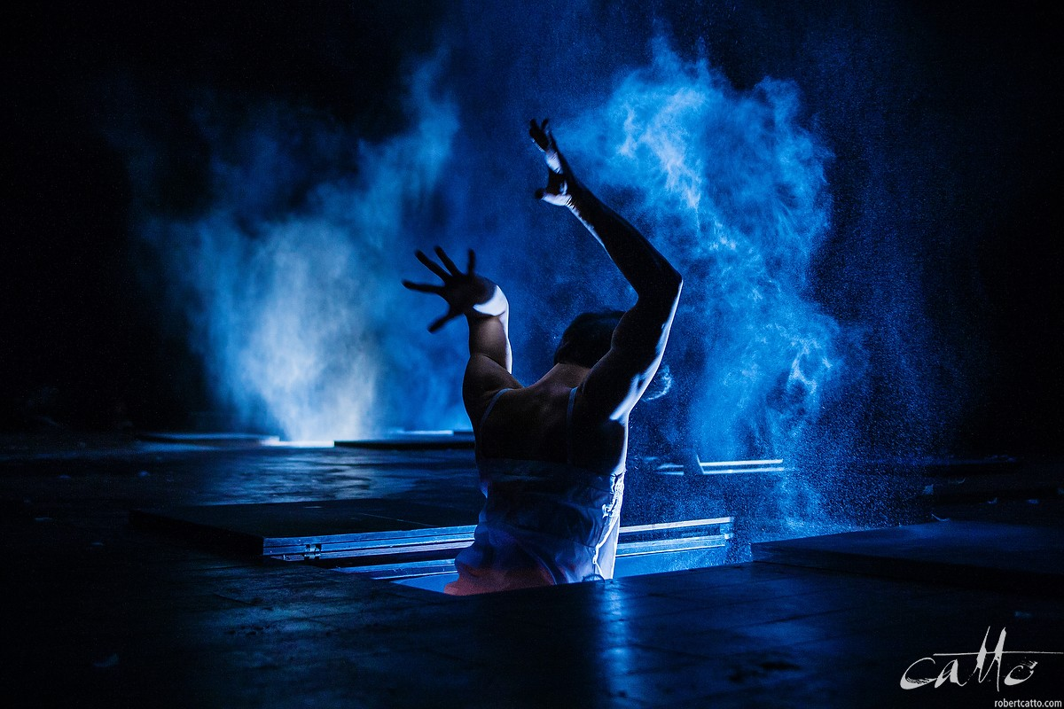 Fabulous Beast Dance Theatre's production of Giselle at the New Zealand International Arts Festival, 2008 (click the image to embiggen)