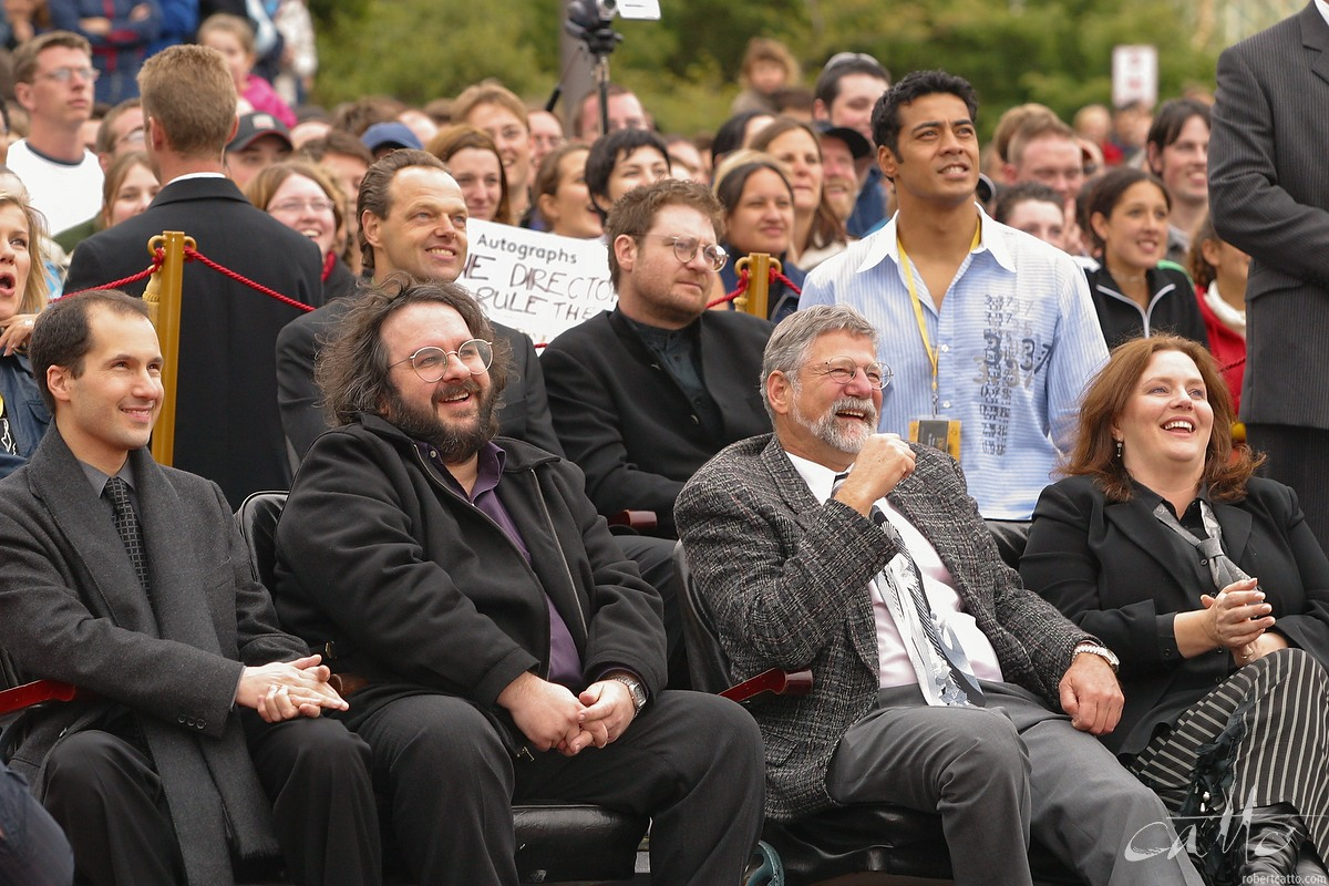 Cast and crew of Peter Jackson's The Lord Of The Rings: The Two Towers gather for the Australasian Premiere at Wellington's Embassy Theatre.