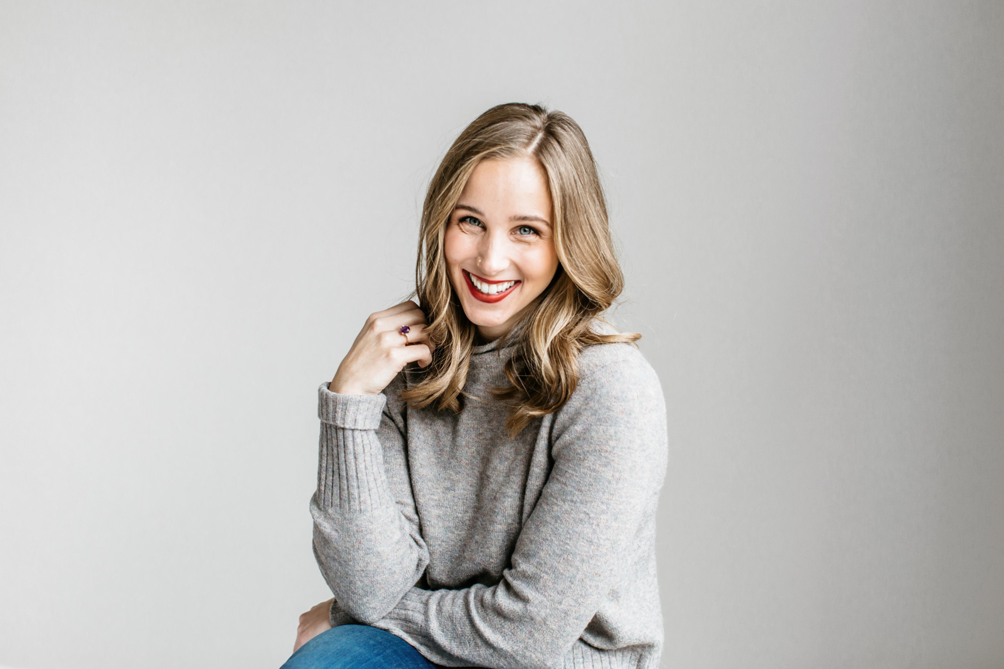 Alexa-Vossler-Photo_Dallas-Portrait-Photographer_ Melanie-Foster-Headshots-3.jpg