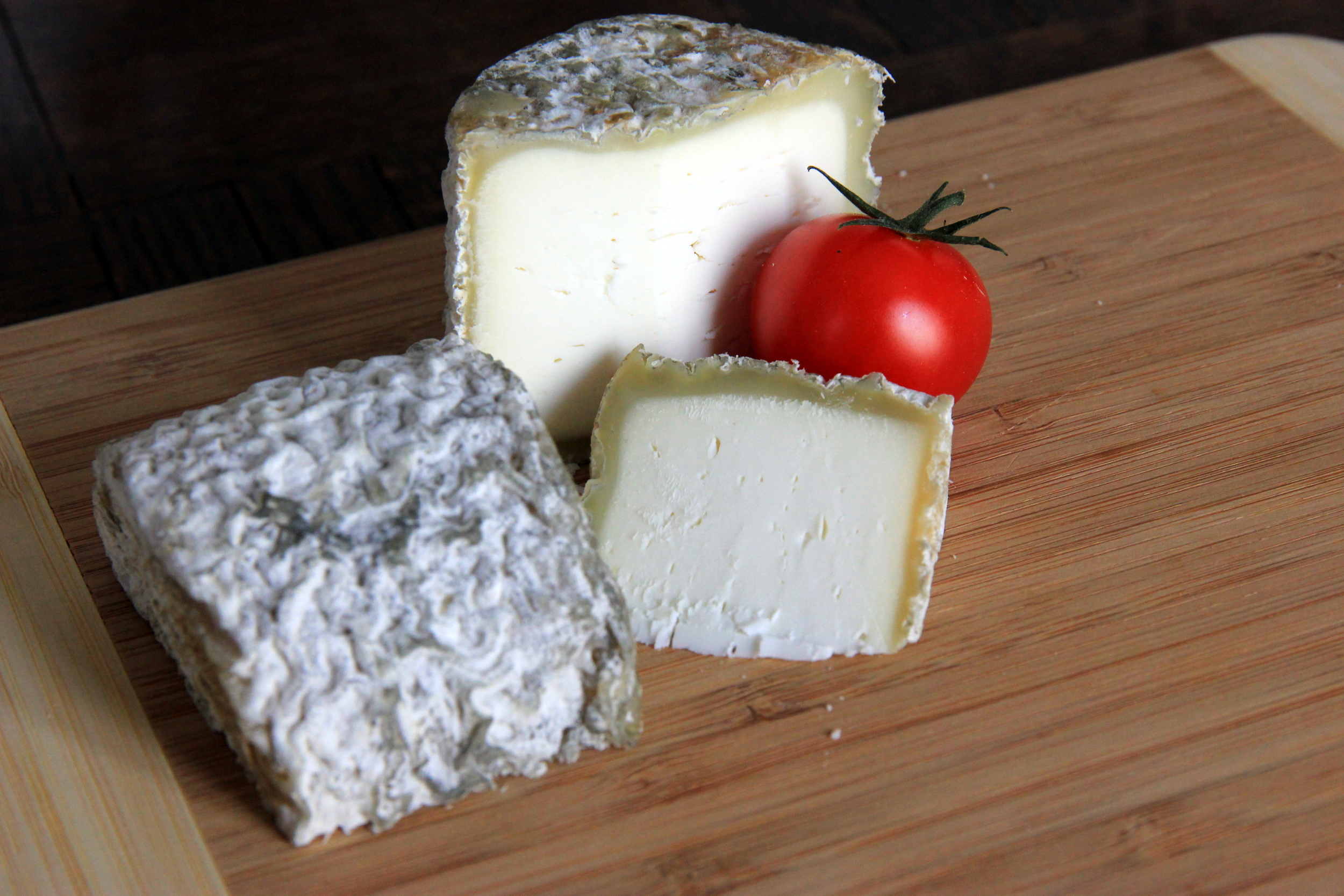La Bonde de Gâtine, a delicious goat cheese that fills your mouth with an incredible warmth.