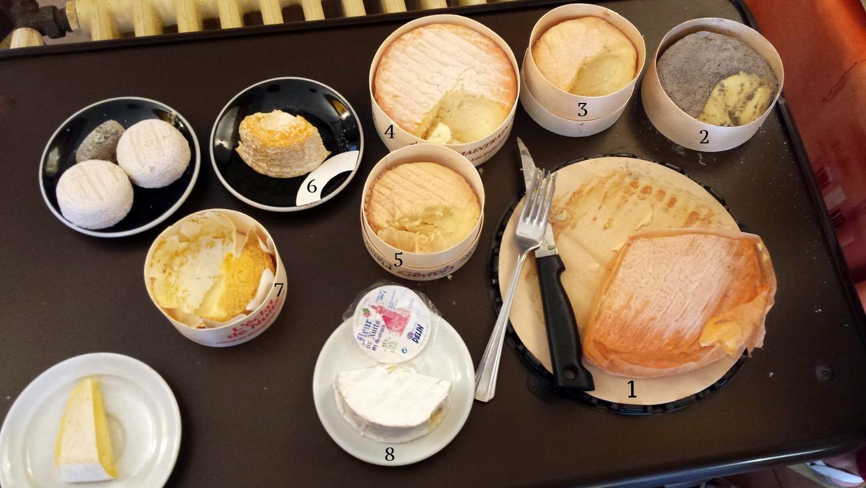Les fromages bourguignons >> 1 Époisses / 2 Cendré de Vergy / 3 Ami du Chambertin / 4 Soumaintrain / 5 Plaisir au Chablis / 6 Langres / 7 L'Éclat des Nuits / 8 Fleur de Nuits St George