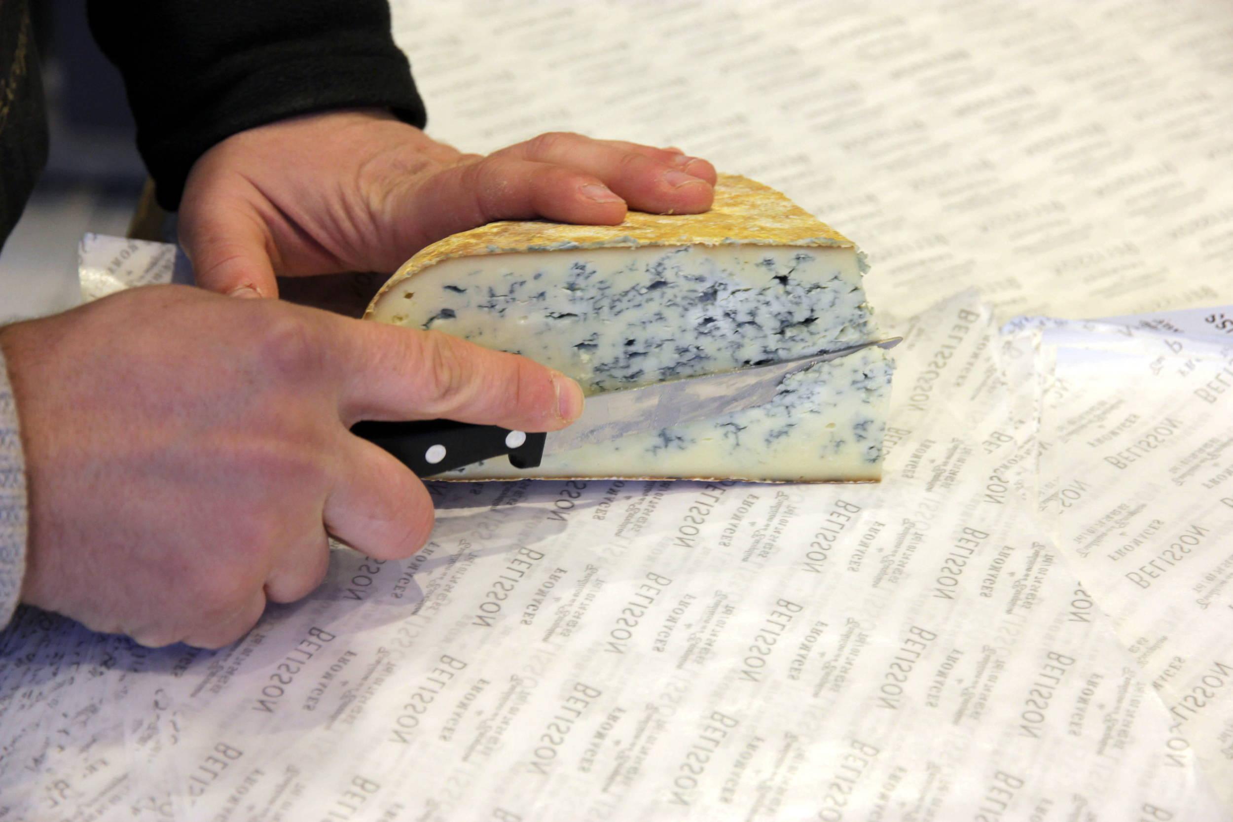 Tasting the Bleu de Gex