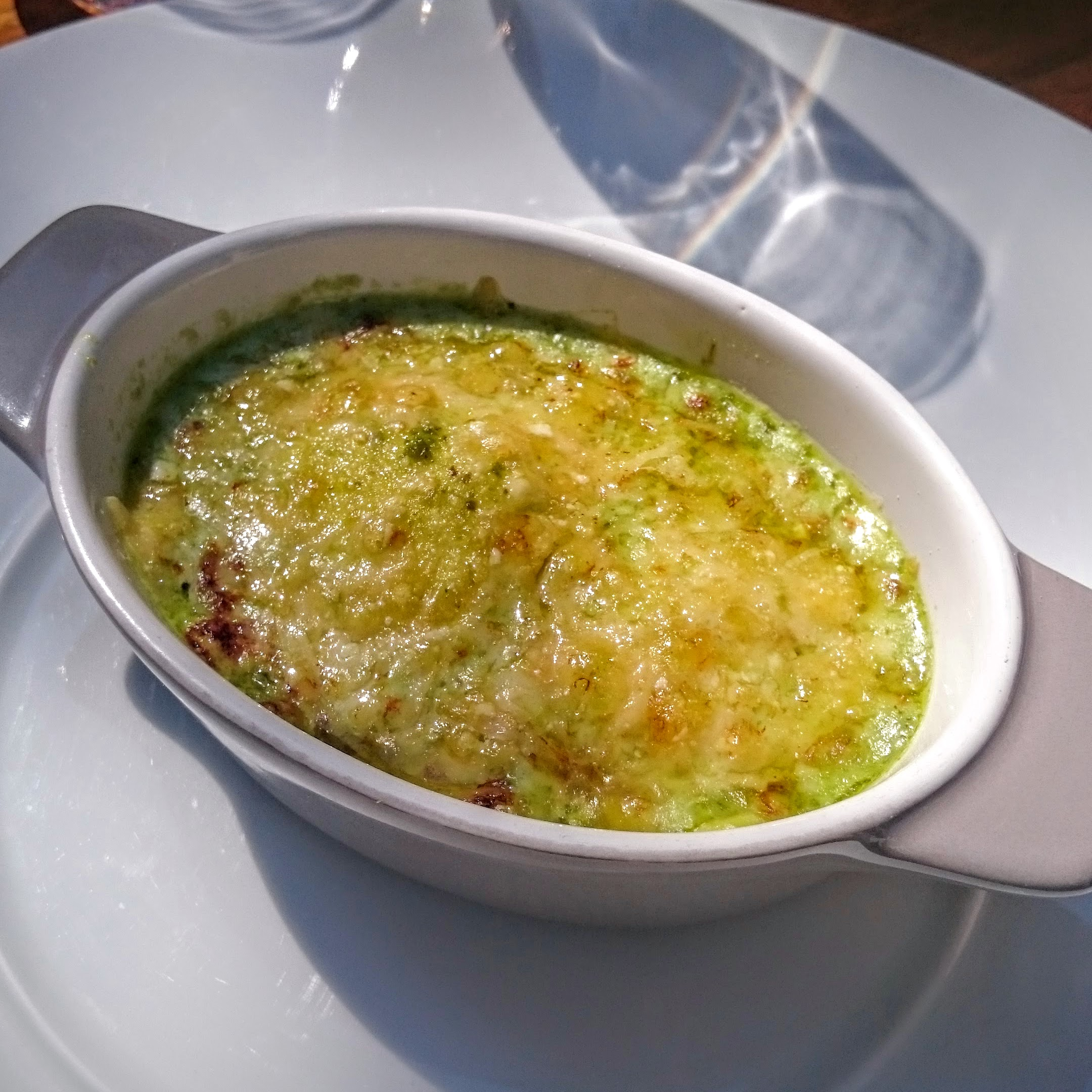 Ravioli with ricotta gratinée