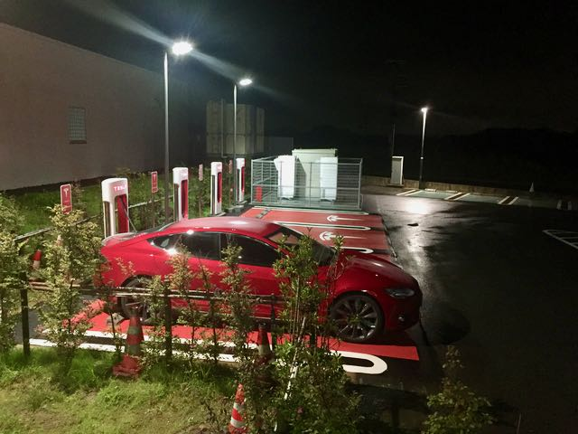 The Supercharger at Hamamatsu: this area gets lots of looks from other drivers when I stop here.