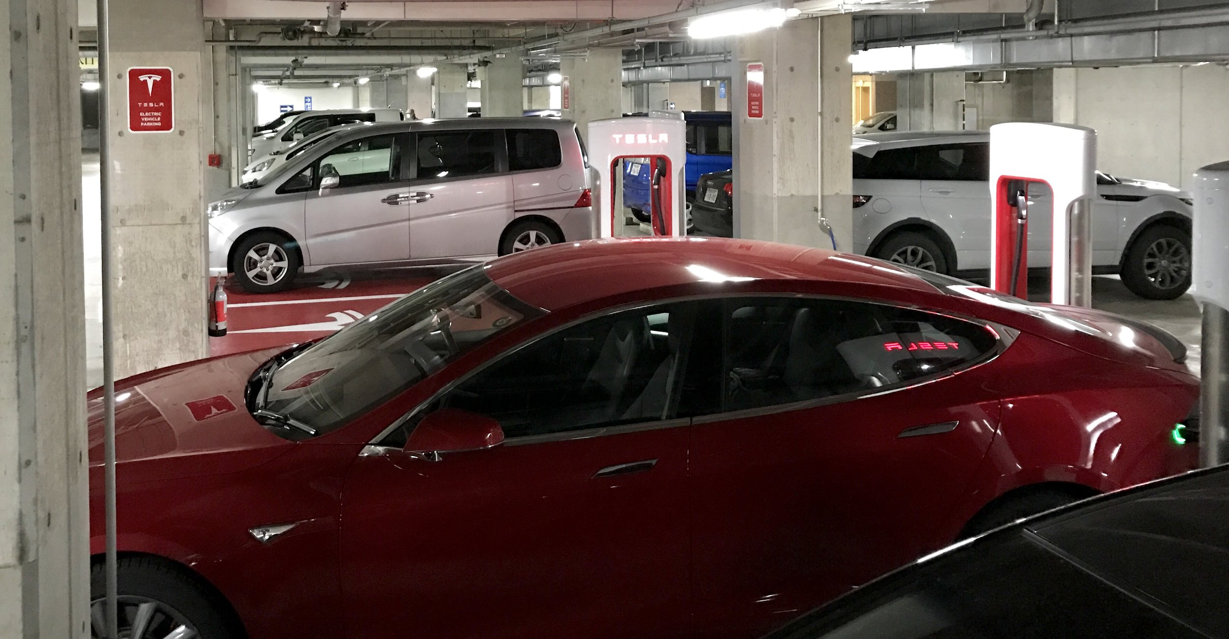 First time to see a Supercharger stall ICE'd (a gas car parked in an EV spot) in Japan