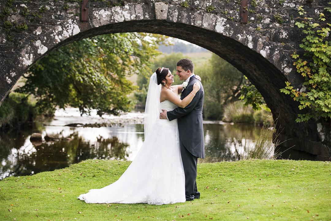 Simon and Alanna wedding preview.jpg