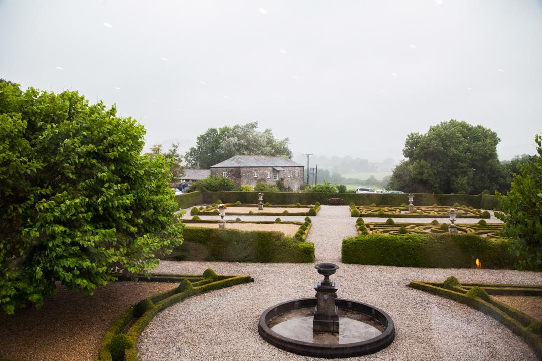 rainy wedding day Kingston Estate