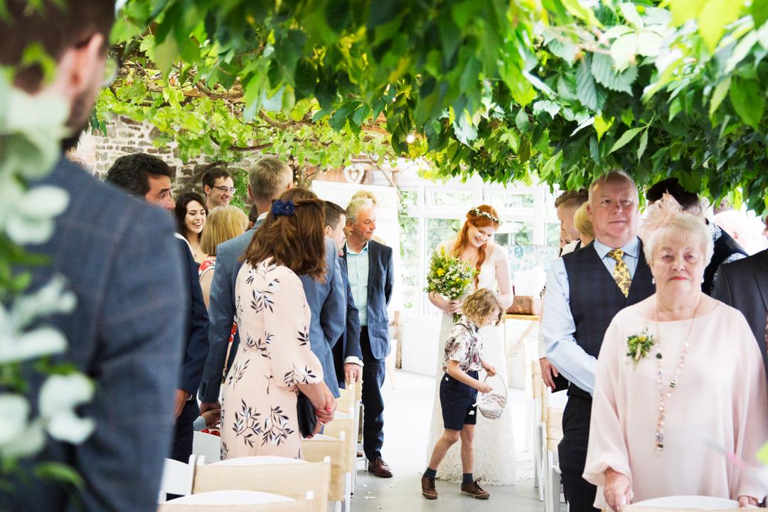the old barn clovelly wedding ceremony