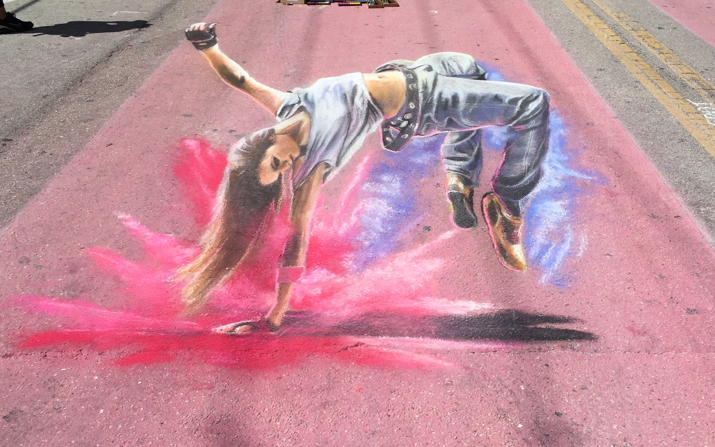 3D Chalk Art: Breakdancing Girl
