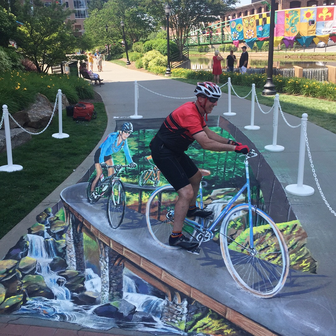 3D Chalk in Greenville, SC at Artisphere of the Rabbit Trail.  3D Bicycle in chalk.